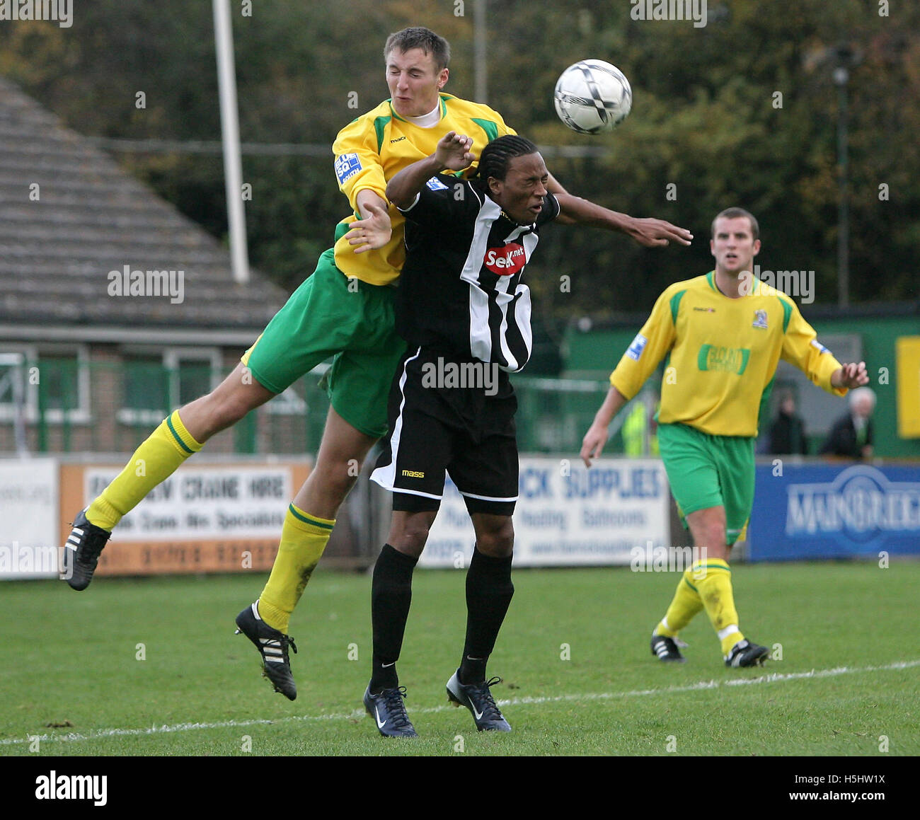 Wesley Thomas of Fisher is beaten by Rob Swaine of Thurrock - Thurrock vs Fisher Athletic - Blue Square South at - Stock Image