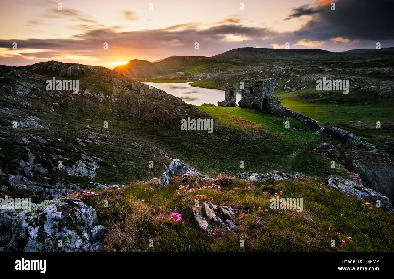 Dunlough Castle - Three castles west cork, Ireland - Stock Image