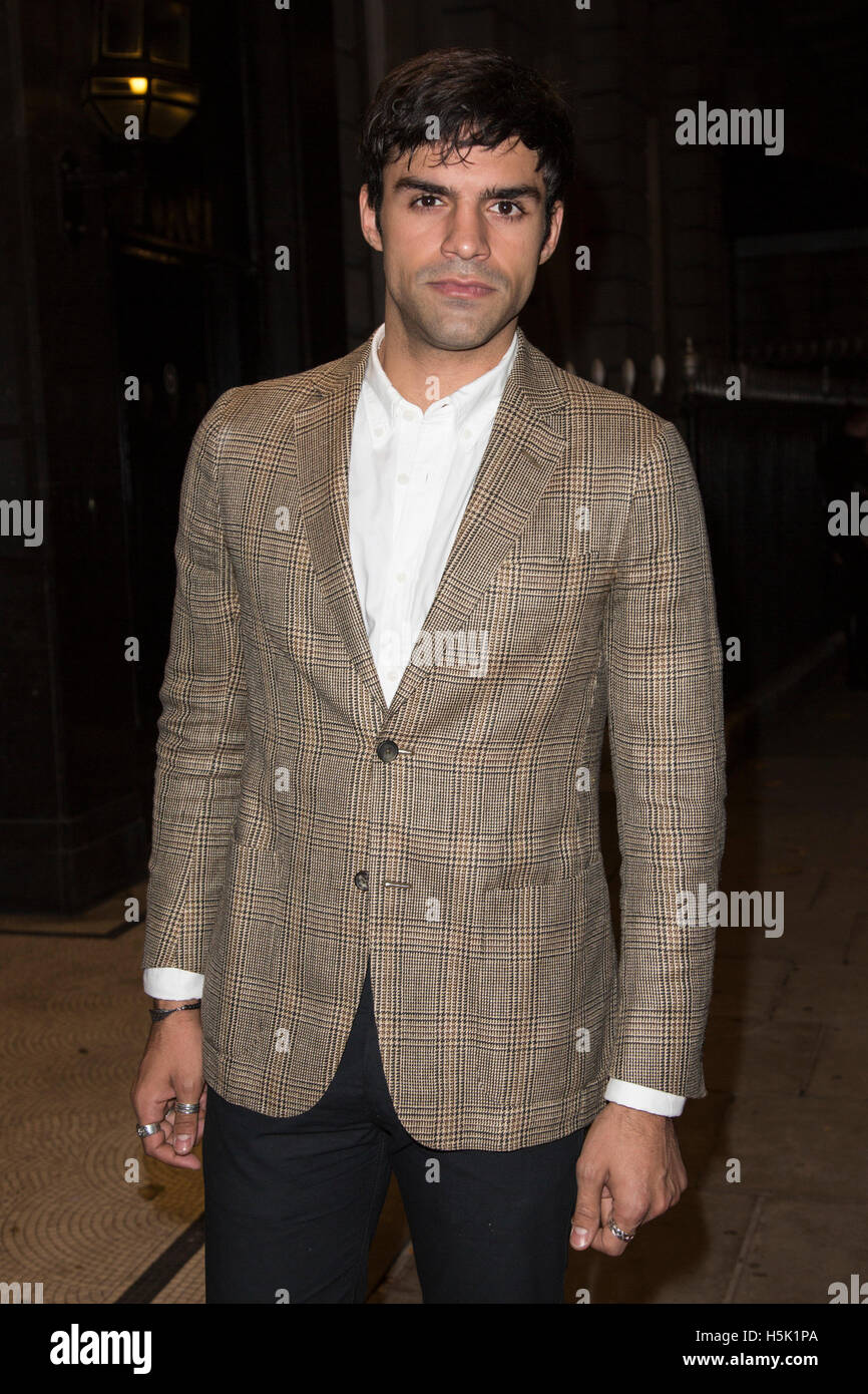 London, UK. 20 October 2016. Actor Sean Teale attends the Sheraton Grand London Park Lane launch party. - Stock Image
