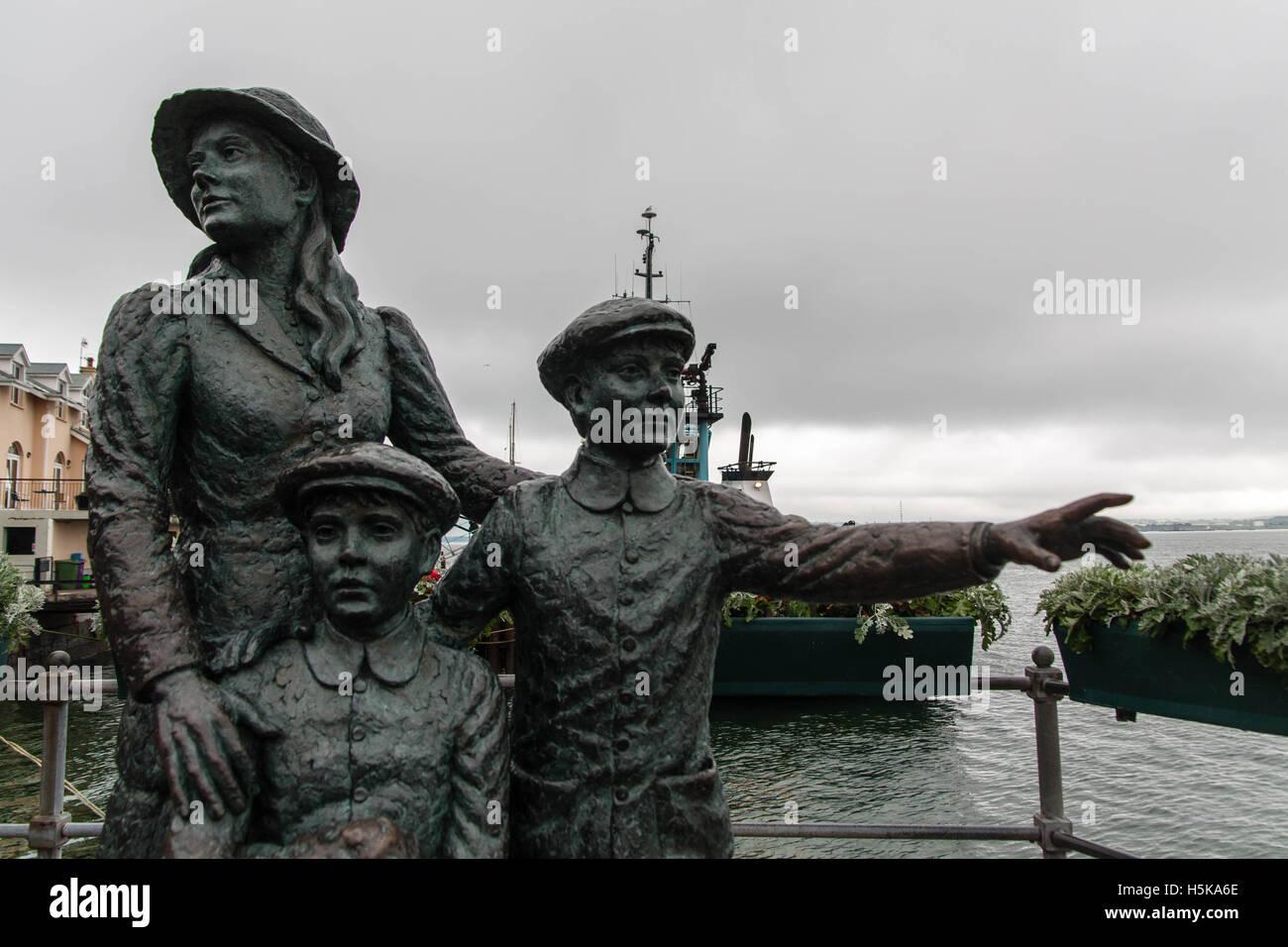 Statue in Cobh - Stock Image