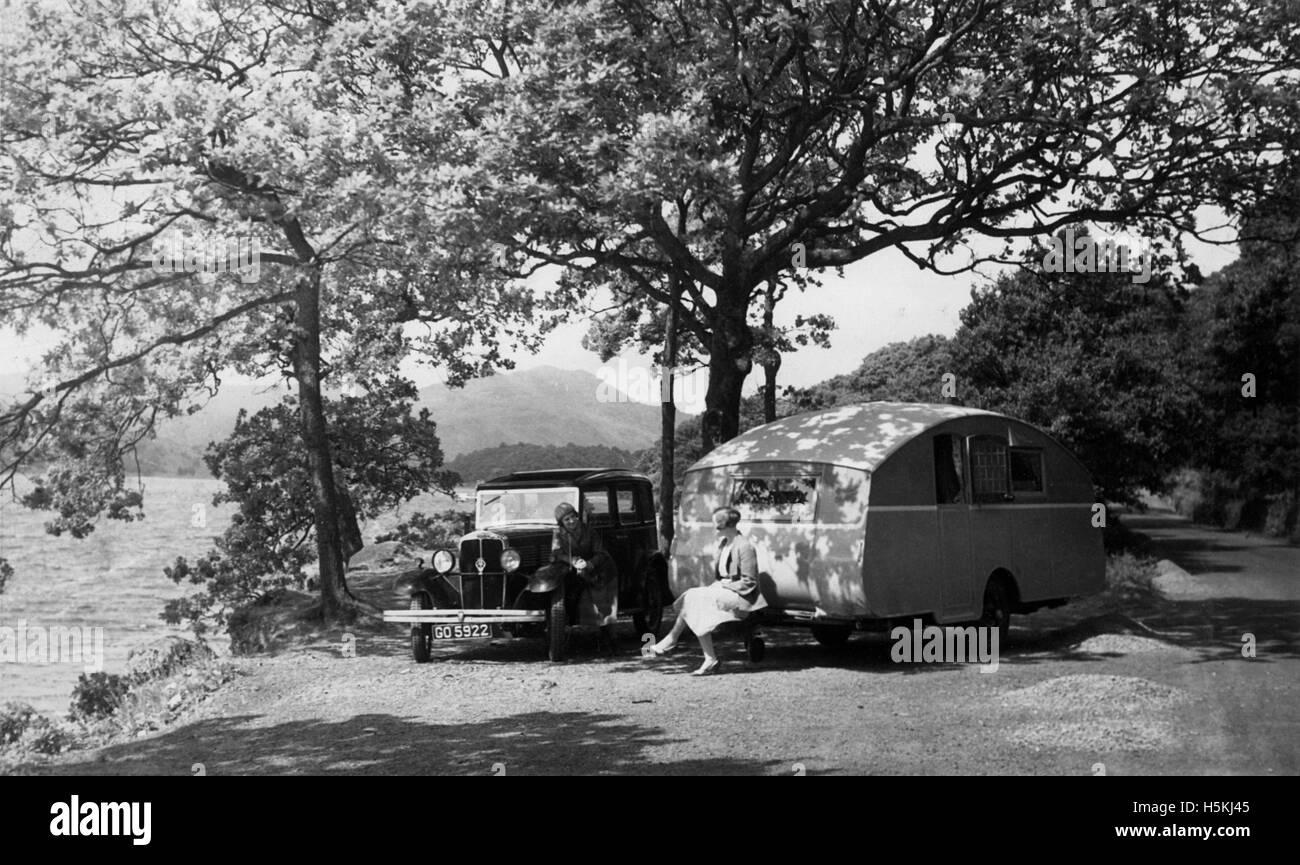 1931 Standard Big Nine with caravan - Stock Image