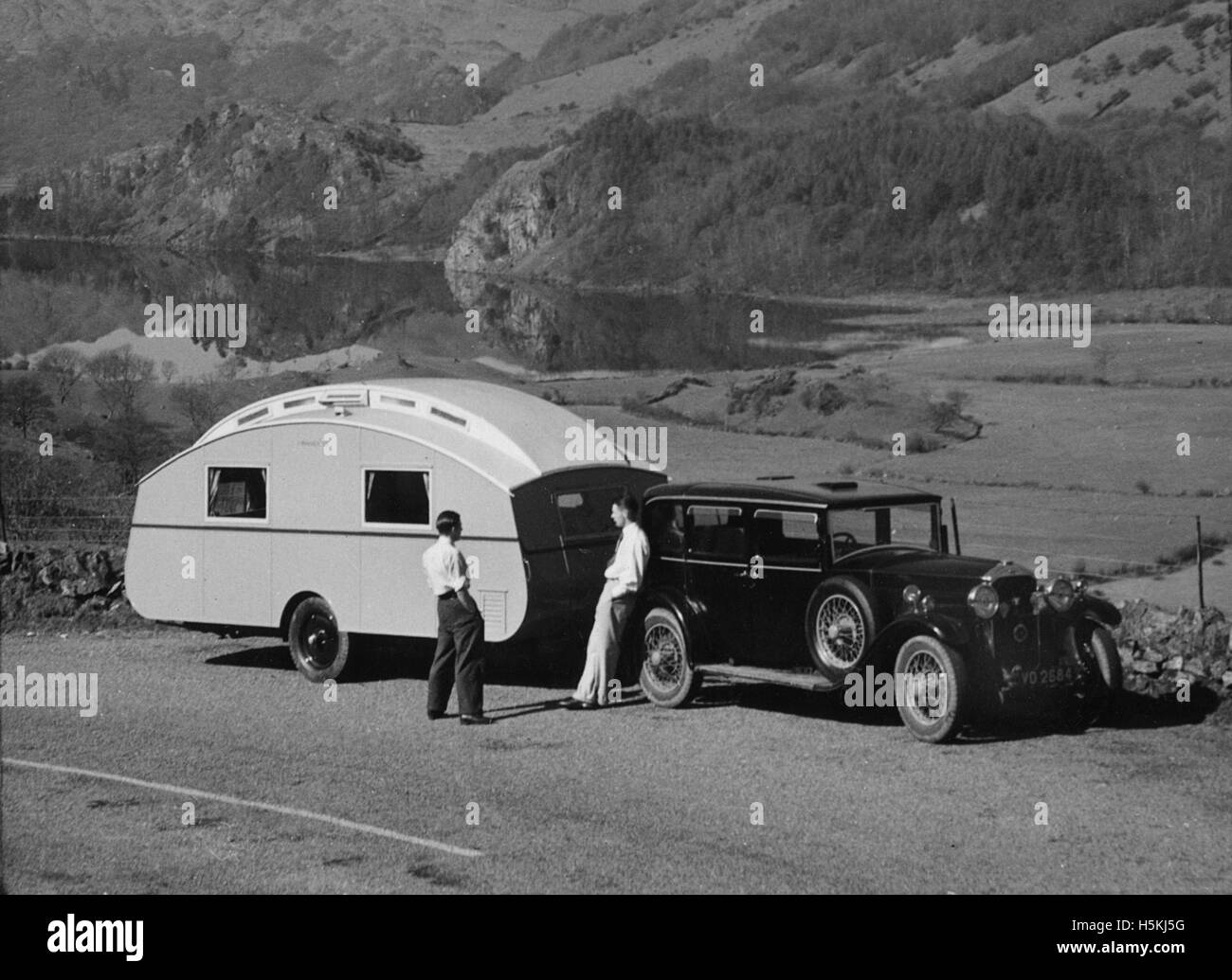 Humber 16/50 saloon 1929 with caravan - Stock Image