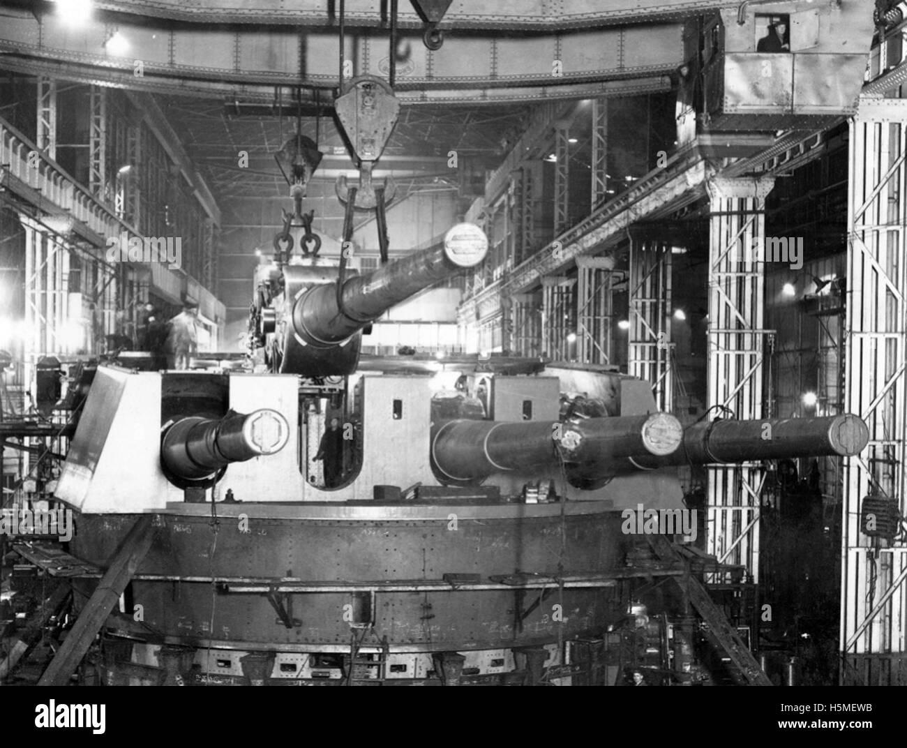 Quadruple gun mounting in 24 Shop, Elswick Works Stock Photo
