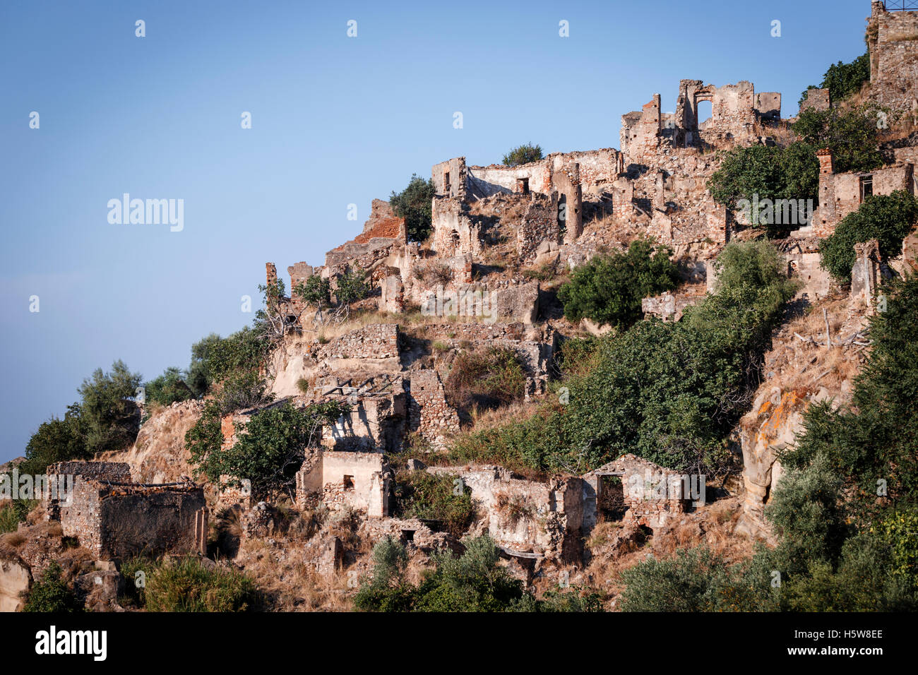 The ghost town of Brancaleone Superiore, Brancaleone, Calabria, Italy. - Stock Image