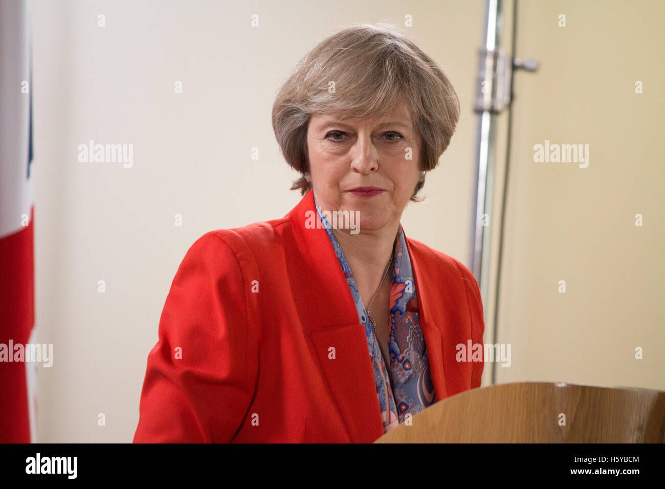 Brussels, Belgium. 20th October, 2016. British Prime minister Theresa May gives a press conference during the European - Stock Image