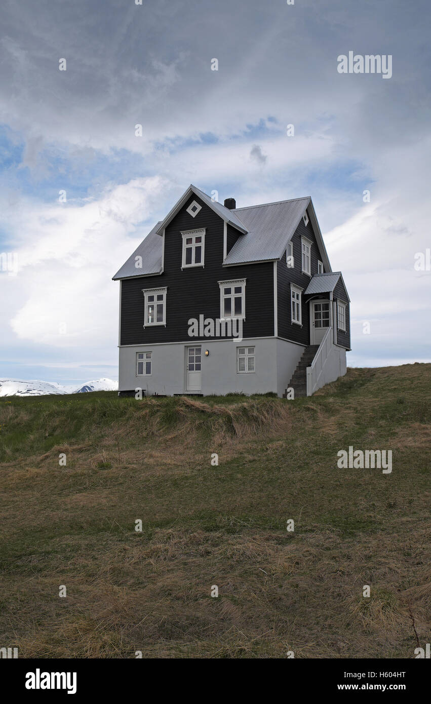 Miraculous Solitary House Island Of Hrisey Eyjafjordur North Of Download Free Architecture Designs Scobabritishbridgeorg