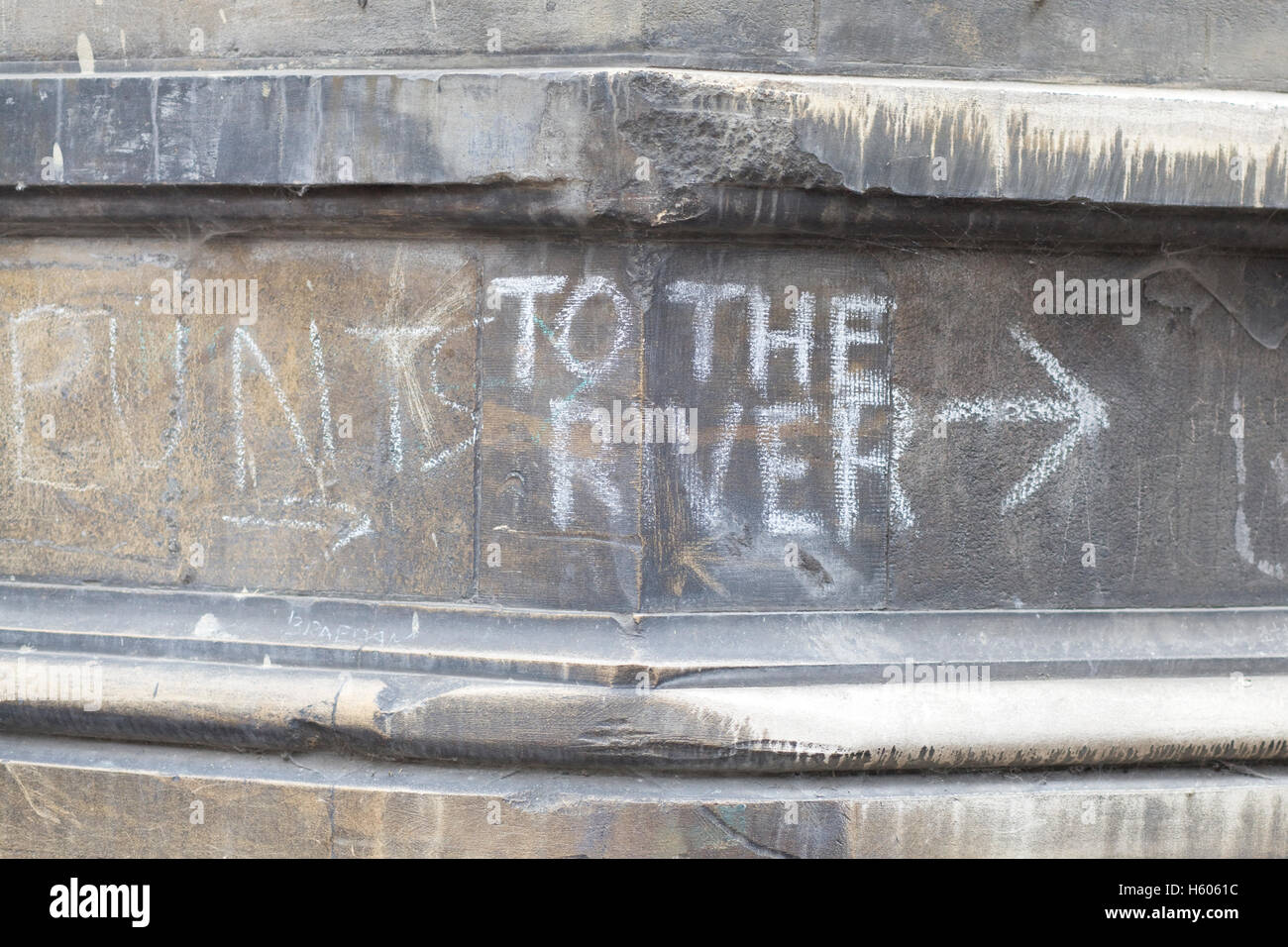 Directions to the river Cam and punting written in chalk - Stock Image