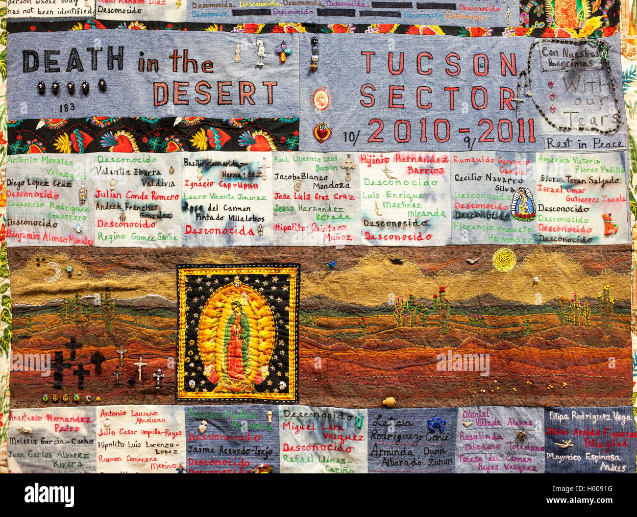 Tucson, Arizona - A quilt made from clothing left by migrants in the Arizona desert documents some of 3,000 deaths - Stock Image
