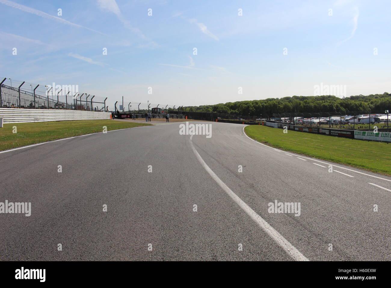 Brands Hatch Brabham straight onto paddockhill bend - Stock Image