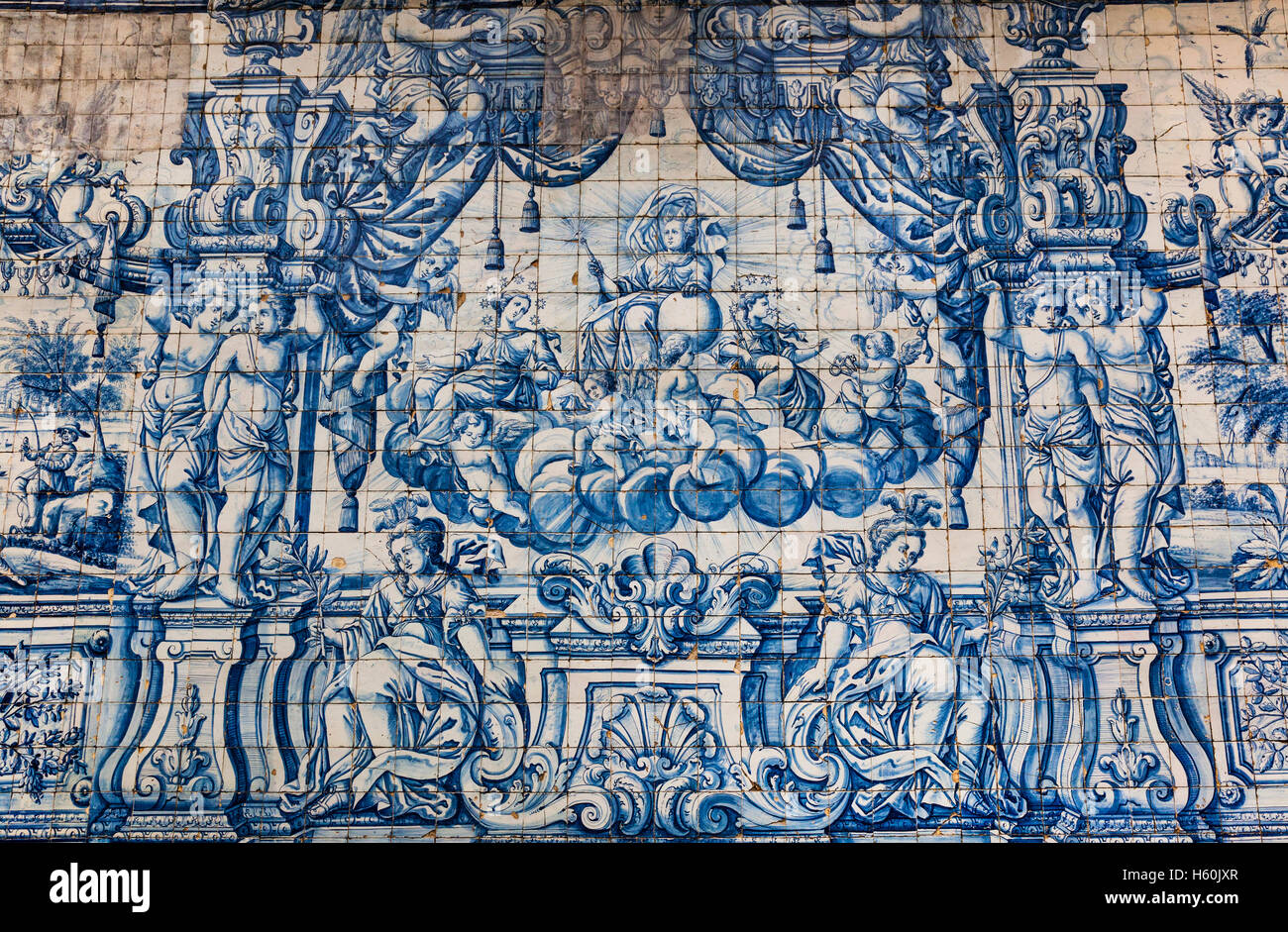 Portugal, Region Norte, Porto, barouqe azulejos at the gothic cloister of Porto Cathedral, Se do Porto Stock Photo