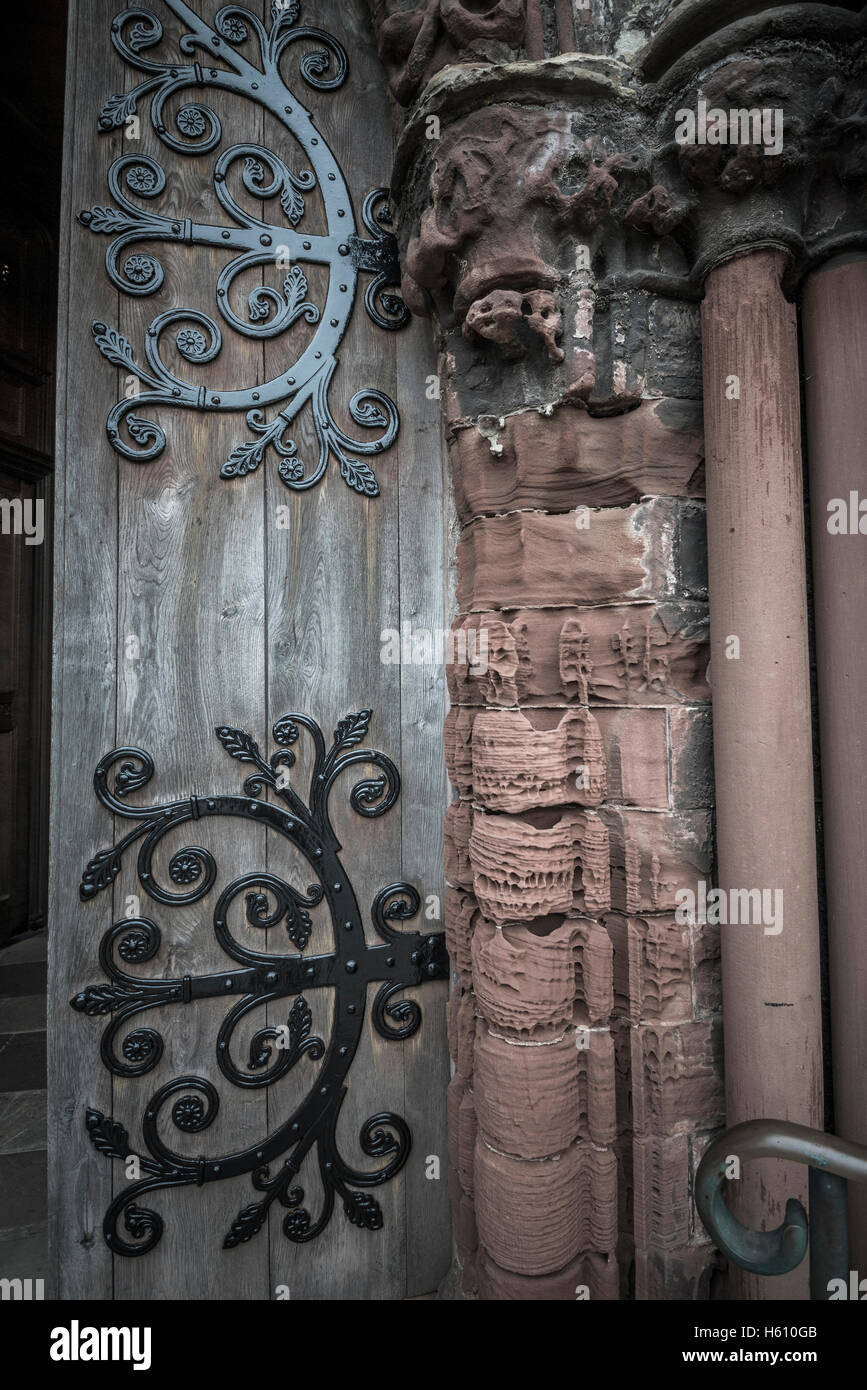 The eroded stone doorway of Saint Magnus Cathedral in Kirkwall, Mainland Orkney, Scotland, UK - Stock Image
