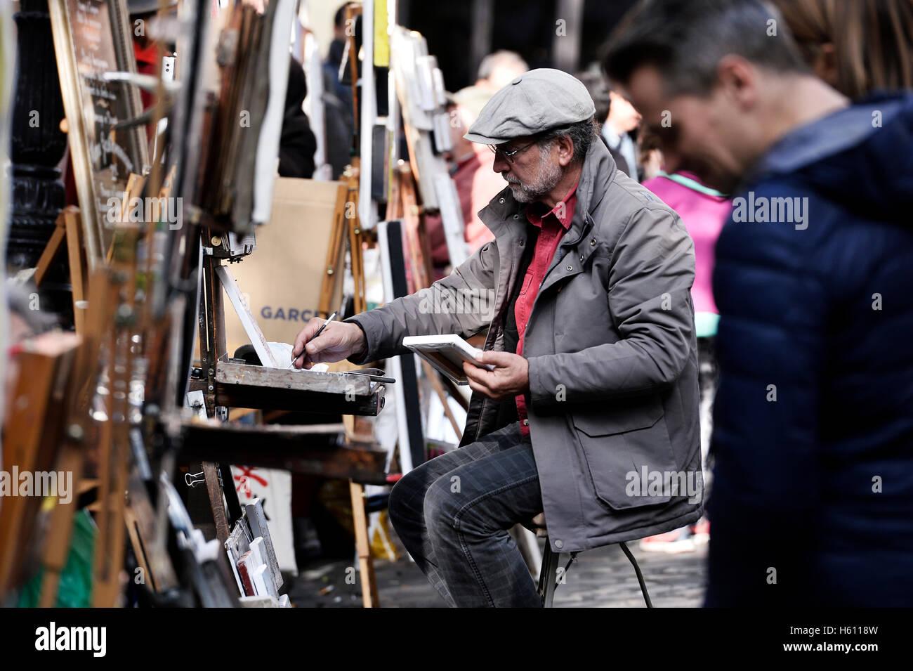 Painter, place du Tertre, Montmartre, Paris, France - Stock Image