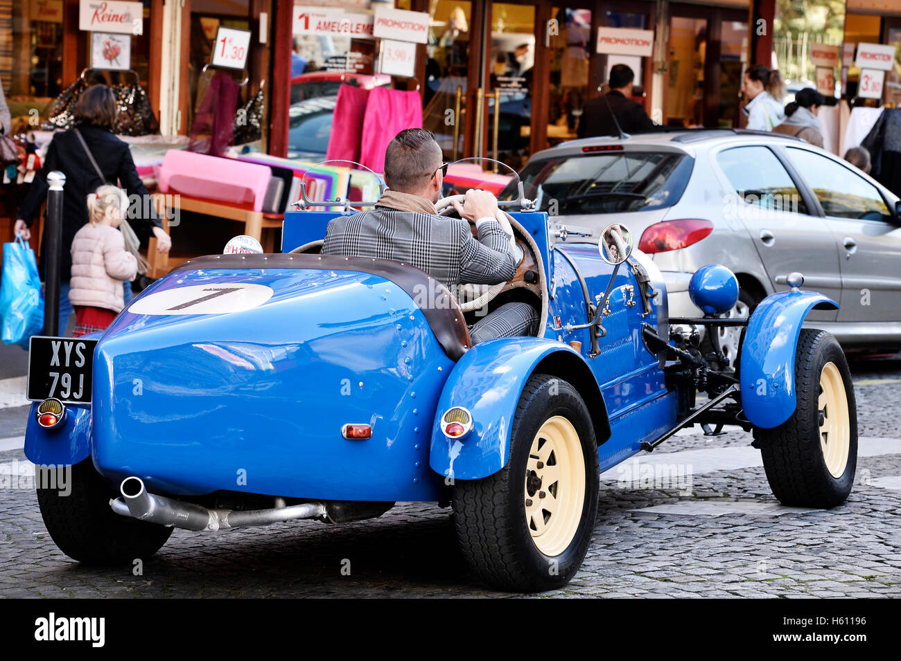 Old car in Montmartre street of Paris, France - Stock Image
