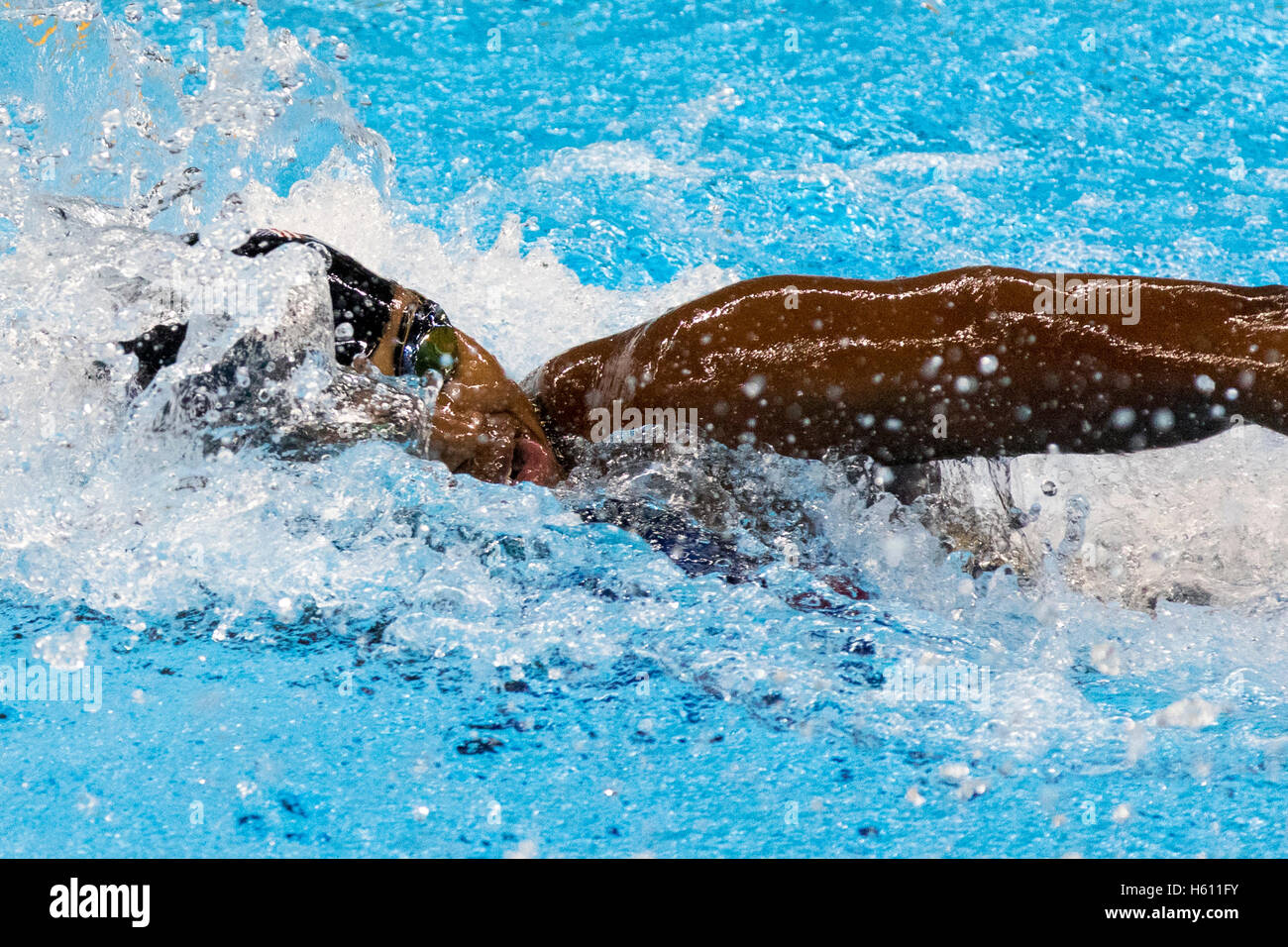 Simone Manuel (USA) competing in the Women's 4 x 100m Freestyle Relay final at the 2016 Olympic Summer Games. - Stock Image
