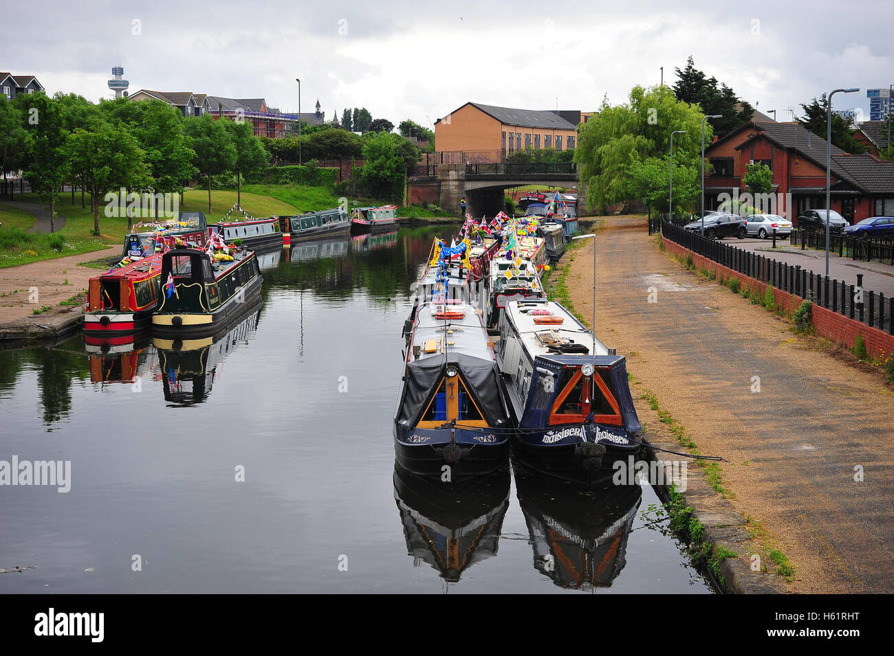Narrow boats on the Liverpool stretch of the Leeds Liverpool Canal. - Stock Image