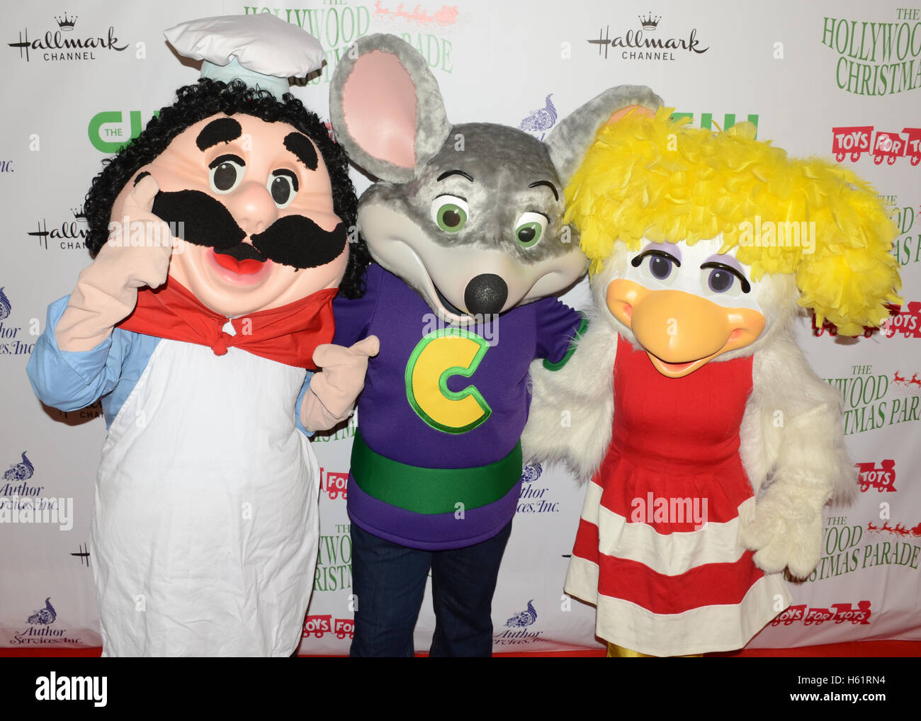Chuck E Cheese Christmas.Pasqually The Chef Chuck E Cheese And Helen Henny Arrives