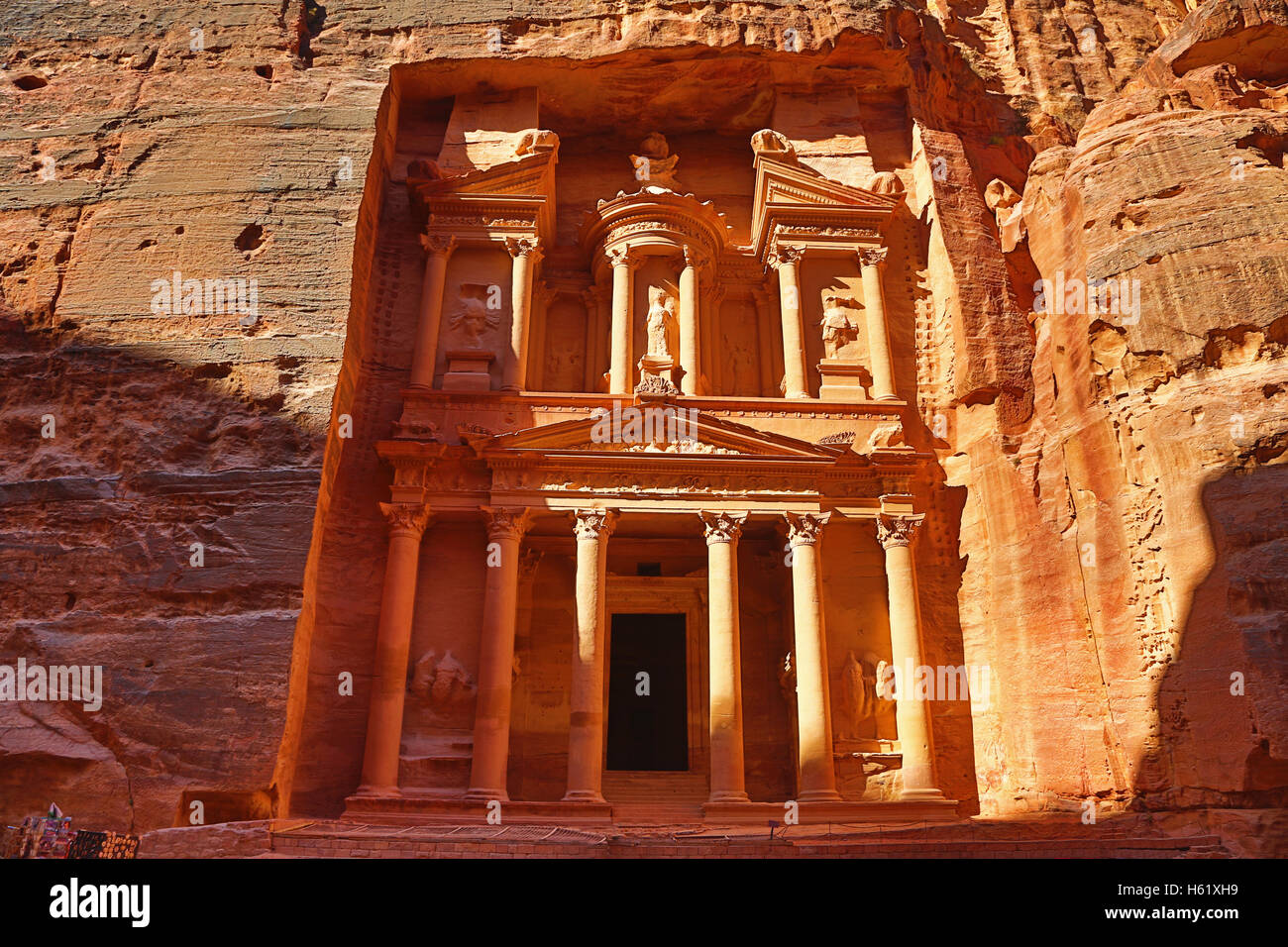 View of the Treasury, Al-Khazneh, Petra, Jordan - Stock Image