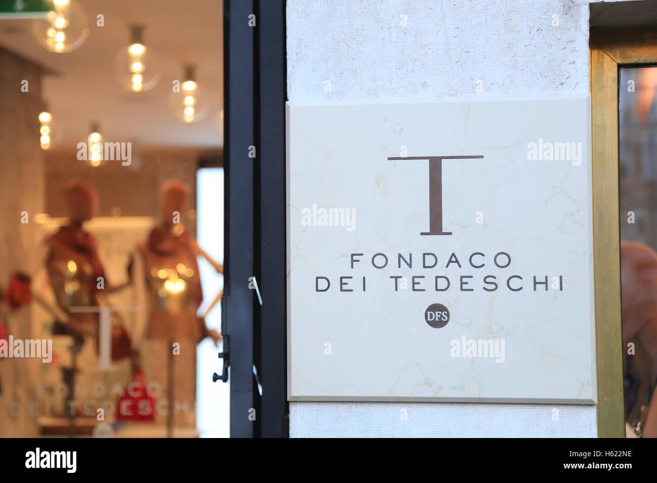 The luxury shopping center Fondaco dei Tedeschi. - Stock Image