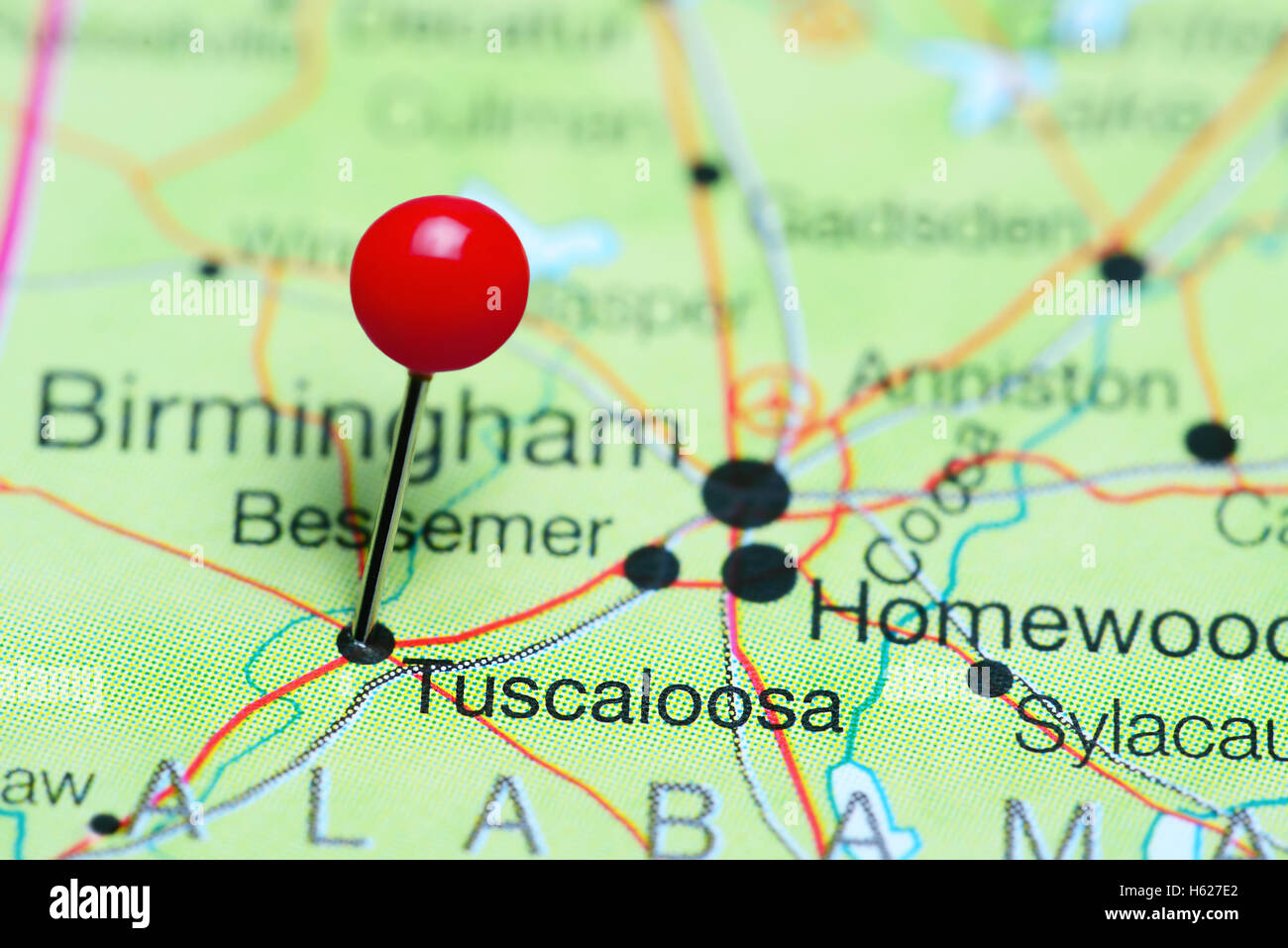 Tuscaloosa pinned on a map of Alabama, USA - Stock Image