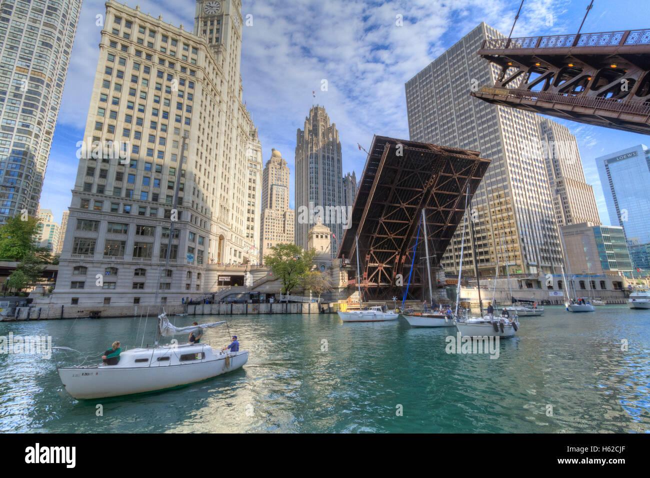 Raising the Du Sable Bridge, Chicago, Illinois - Stock Image