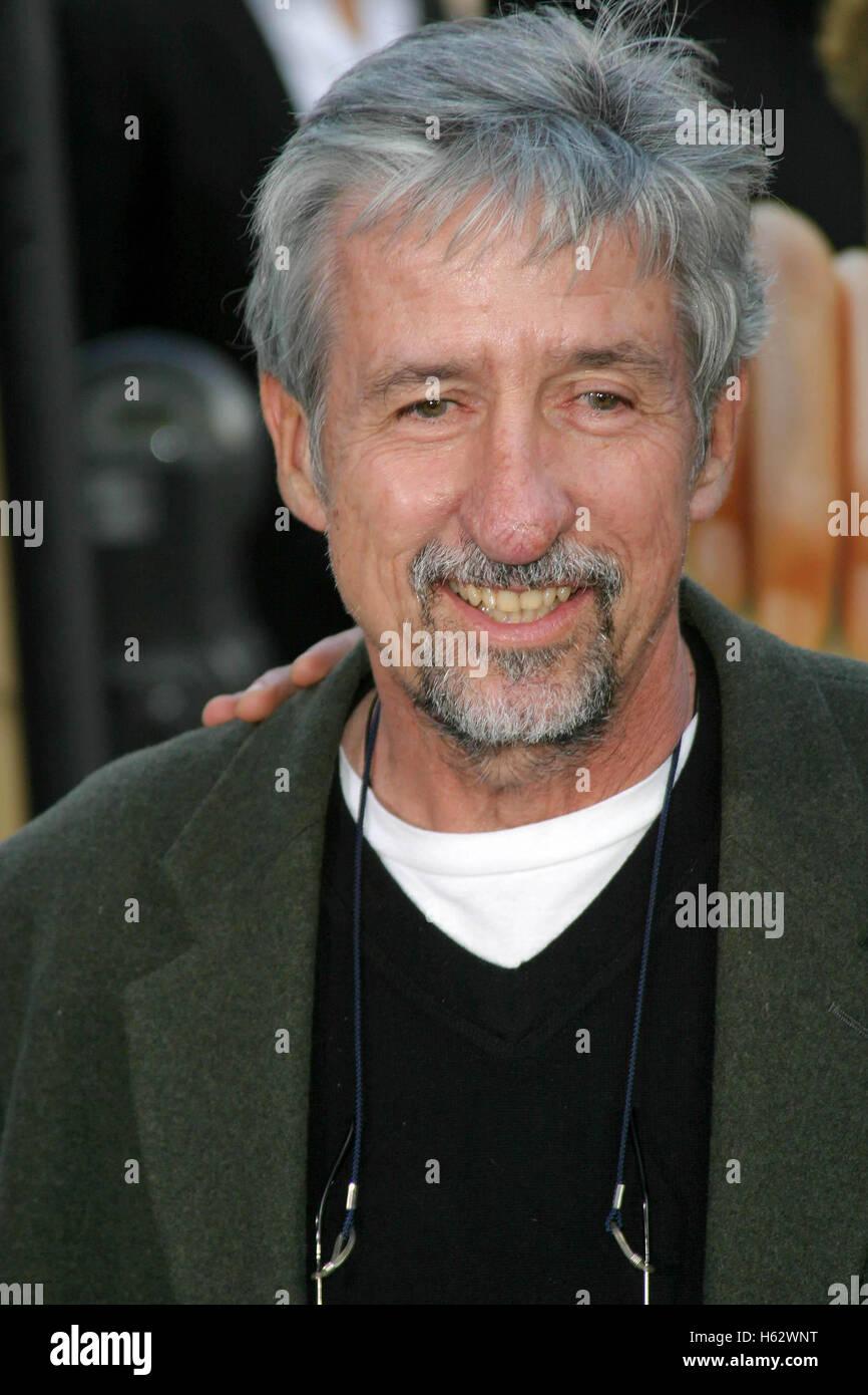 Beverly Hills, California, USA. 8th June, 2004. TOM HAYDEN at FAHRENHEIT 9/11 U.S. PREMIERE - SCREENING. © Nina Stock Photo
