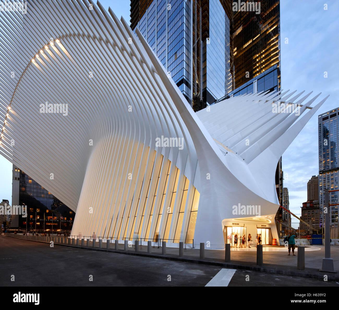 fc1d835e525c Illuminated street level entrance. The Oculus