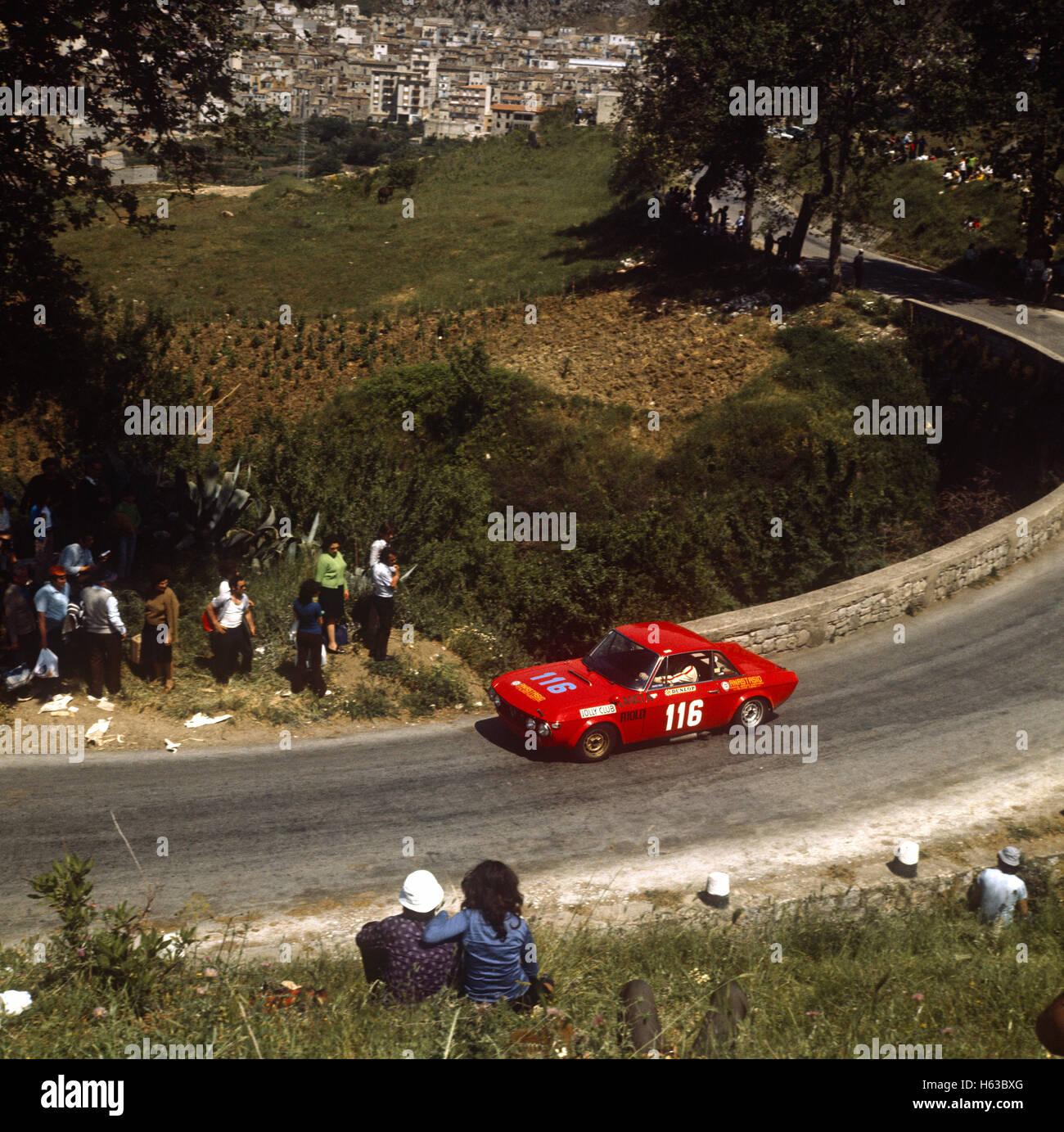 116 Pasquale Anastasio and Fiorenzo Genta in a Lancia Fulvia Sport Competizione finished 21st in the Targa Florio - Stock Image