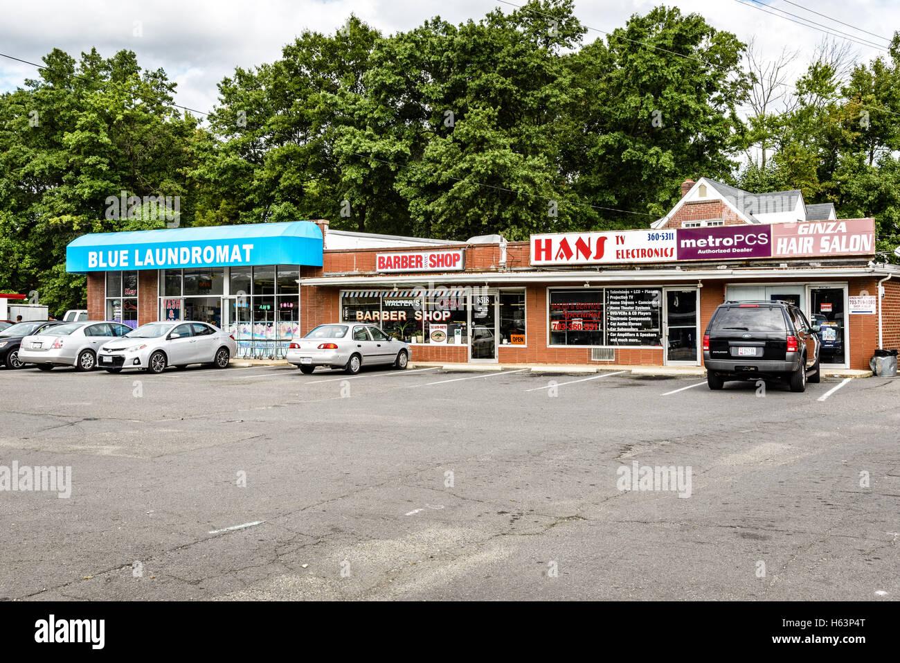 Strip Mall, Richmond Highway, Alexandria - Stock Image