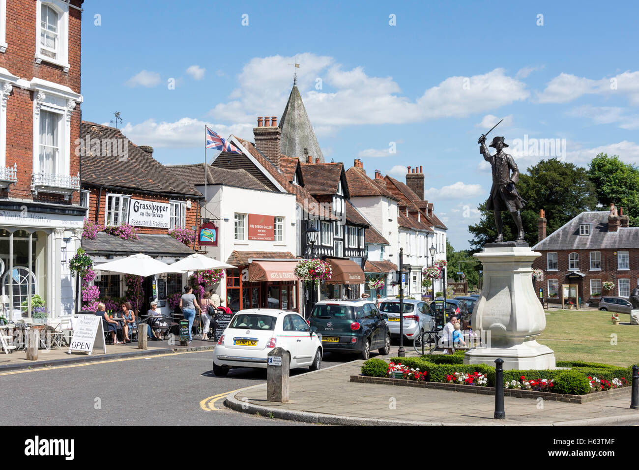 The Green showing General James Wolff Statue, Vicarage Hill, Westerham, Kent, England, United Kingdom - Stock Image