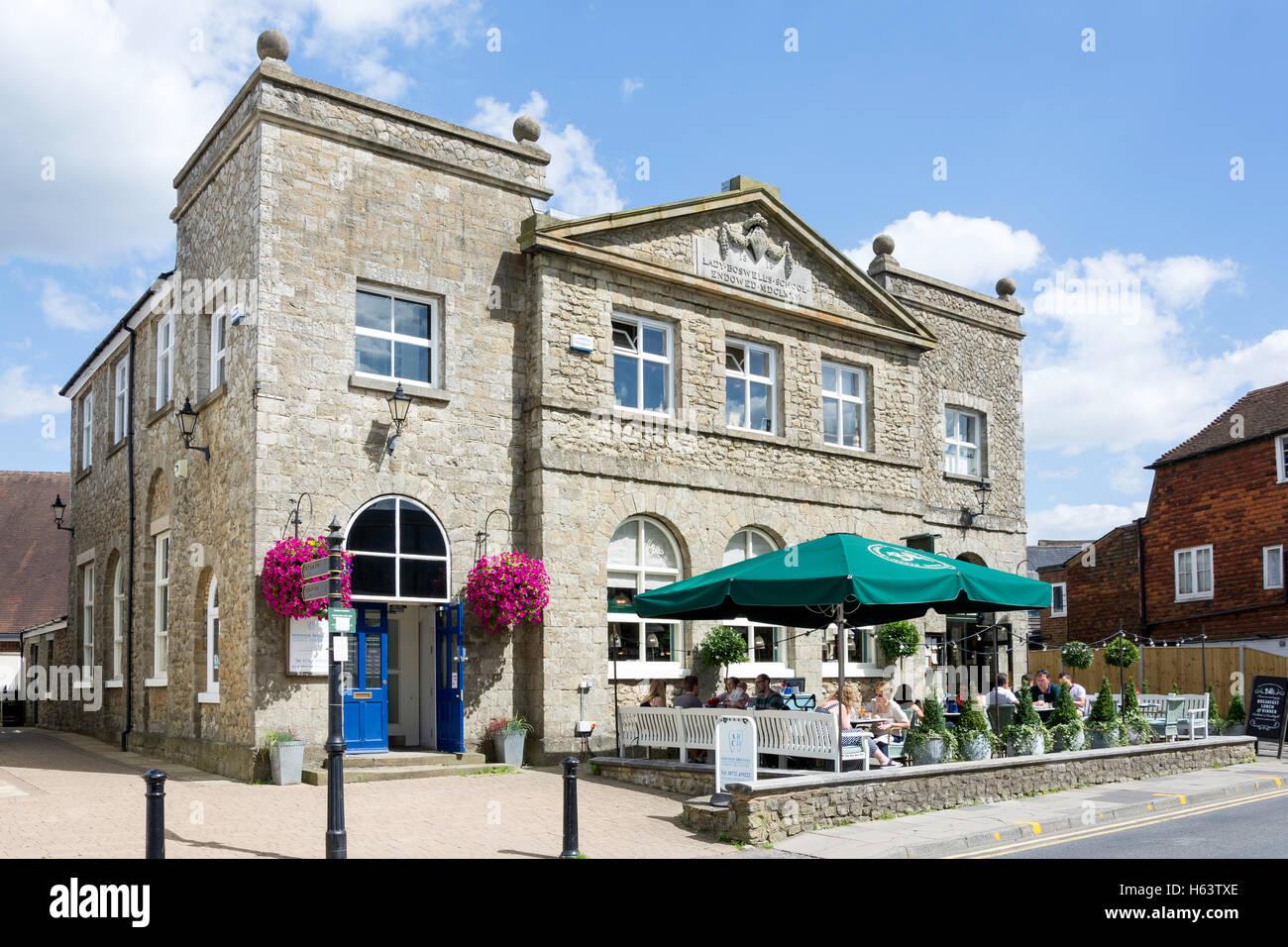 Outdoor terrace at Bill's Restaurant, Lady Boswell House, London Road, Sevenoaks, Kent, England, United Kingdom - Stock Image