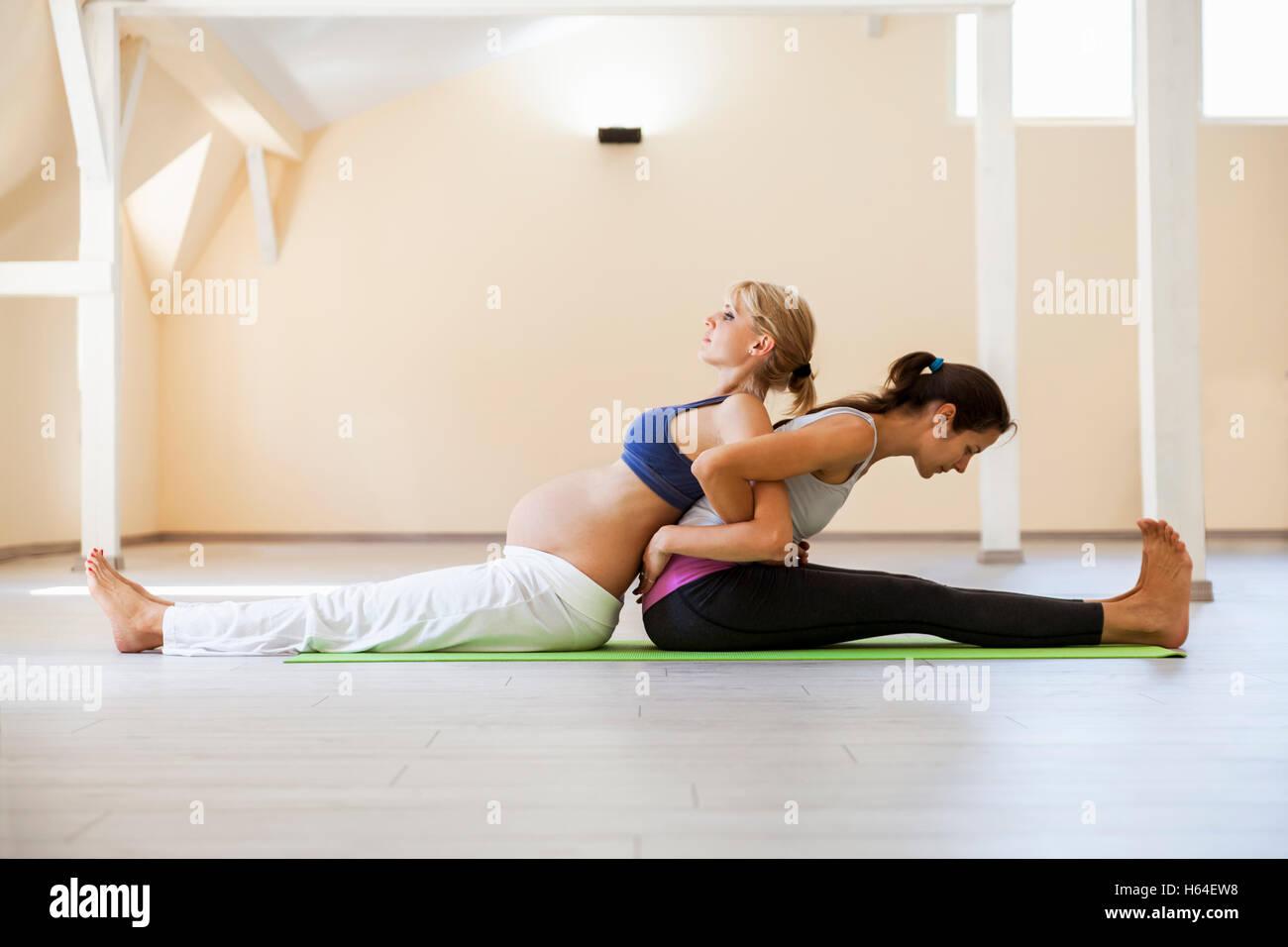 Prenatal Yoga Female Yoga Instructor Stock Photos Prenatal Yoga