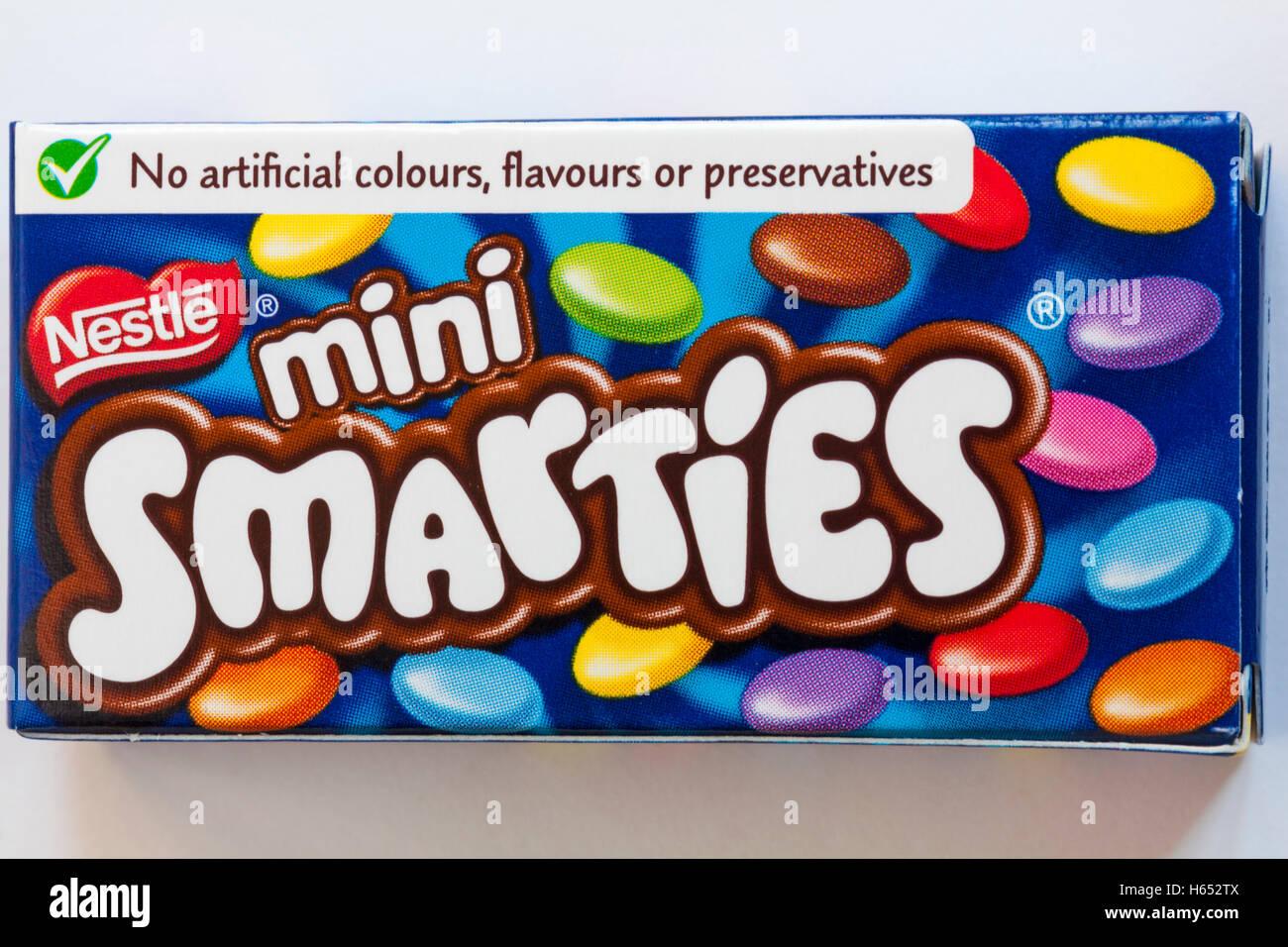box of treat size Nestle mini Smarties Stock Photo ... Smarties Mini