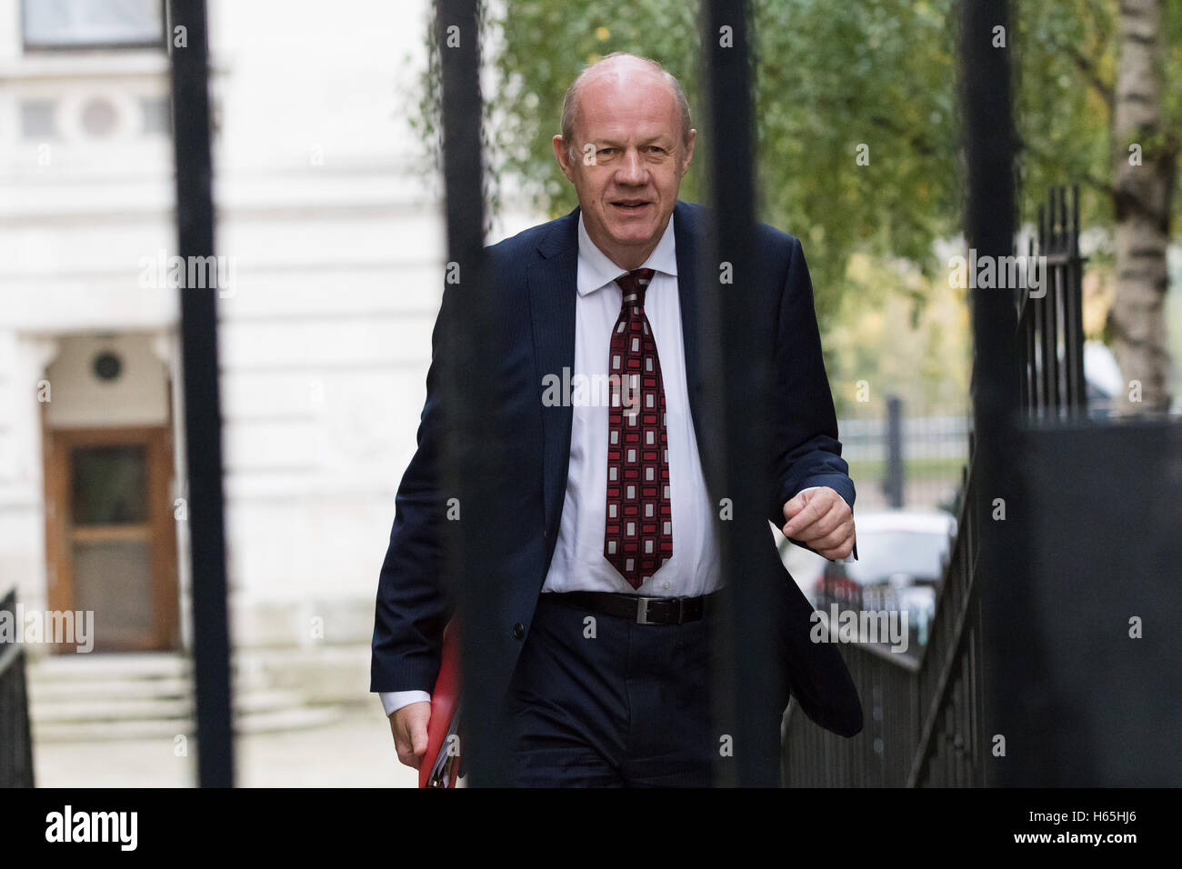 London, UK. 25th October 2016. Damian Green arrives in Downing Street for a cabinet meeting this morning. Credit: - Stock Image