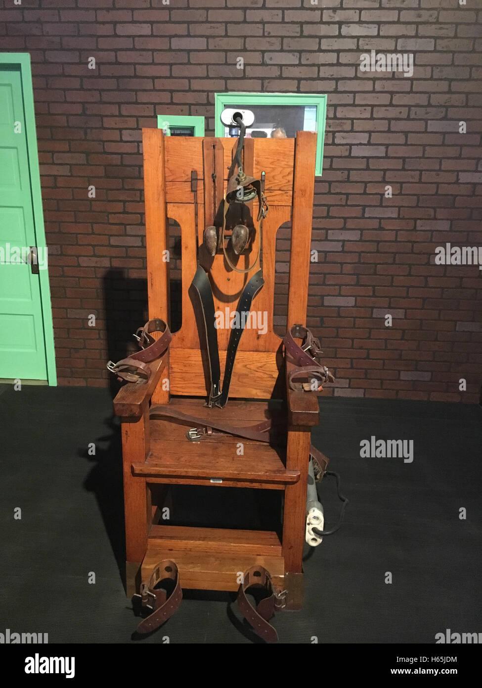 Hunstville Texas USA. 13th Sep 2016. Electric chair u0027Old Sparky & Electric Chair Death Stock Photos u0026 Electric Chair Death Stock ...