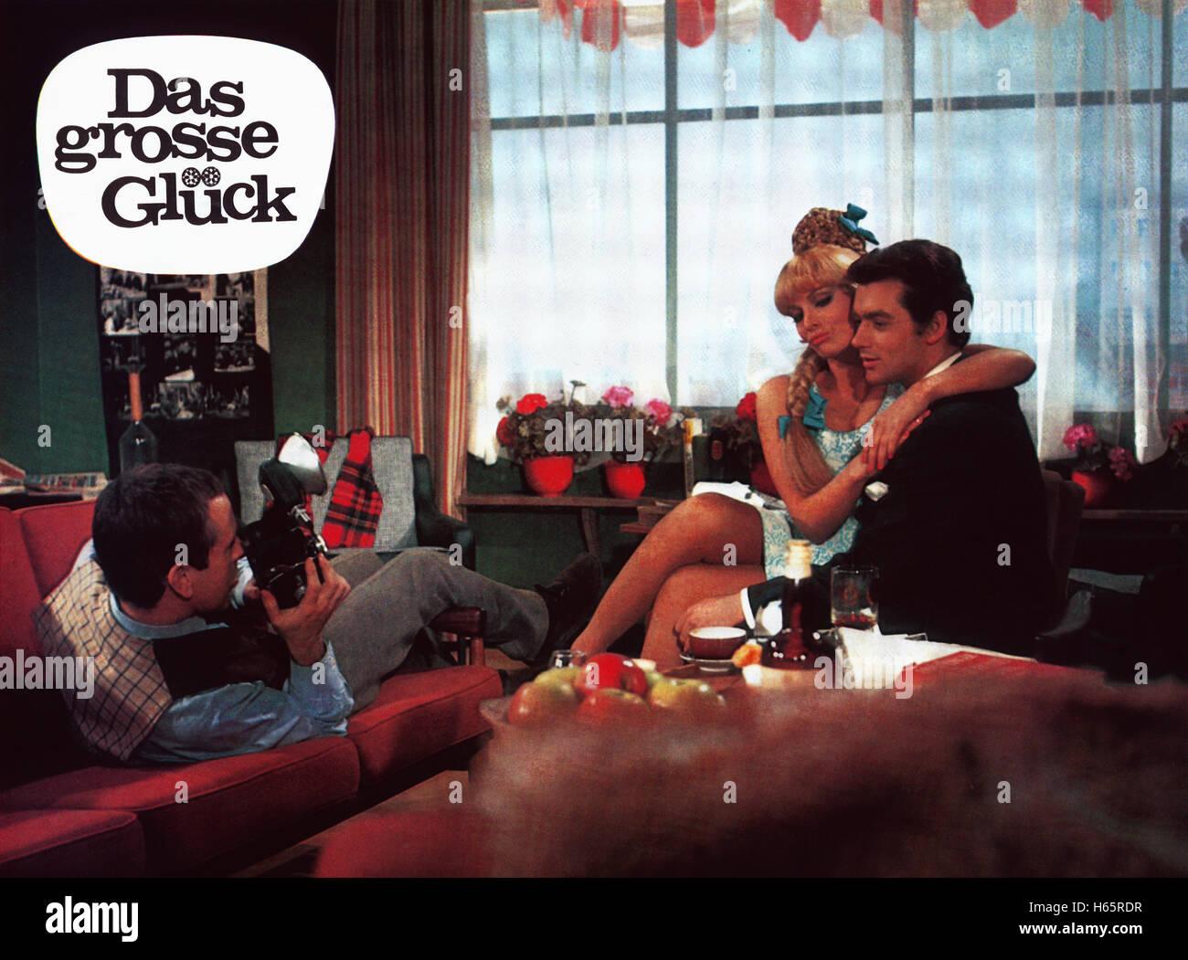 Das grosse Glück, Österreich 1967, Regie: Franz Antel, Darsteller: Gerd Vespermann (links), Scilla Gabel, - Stock Image