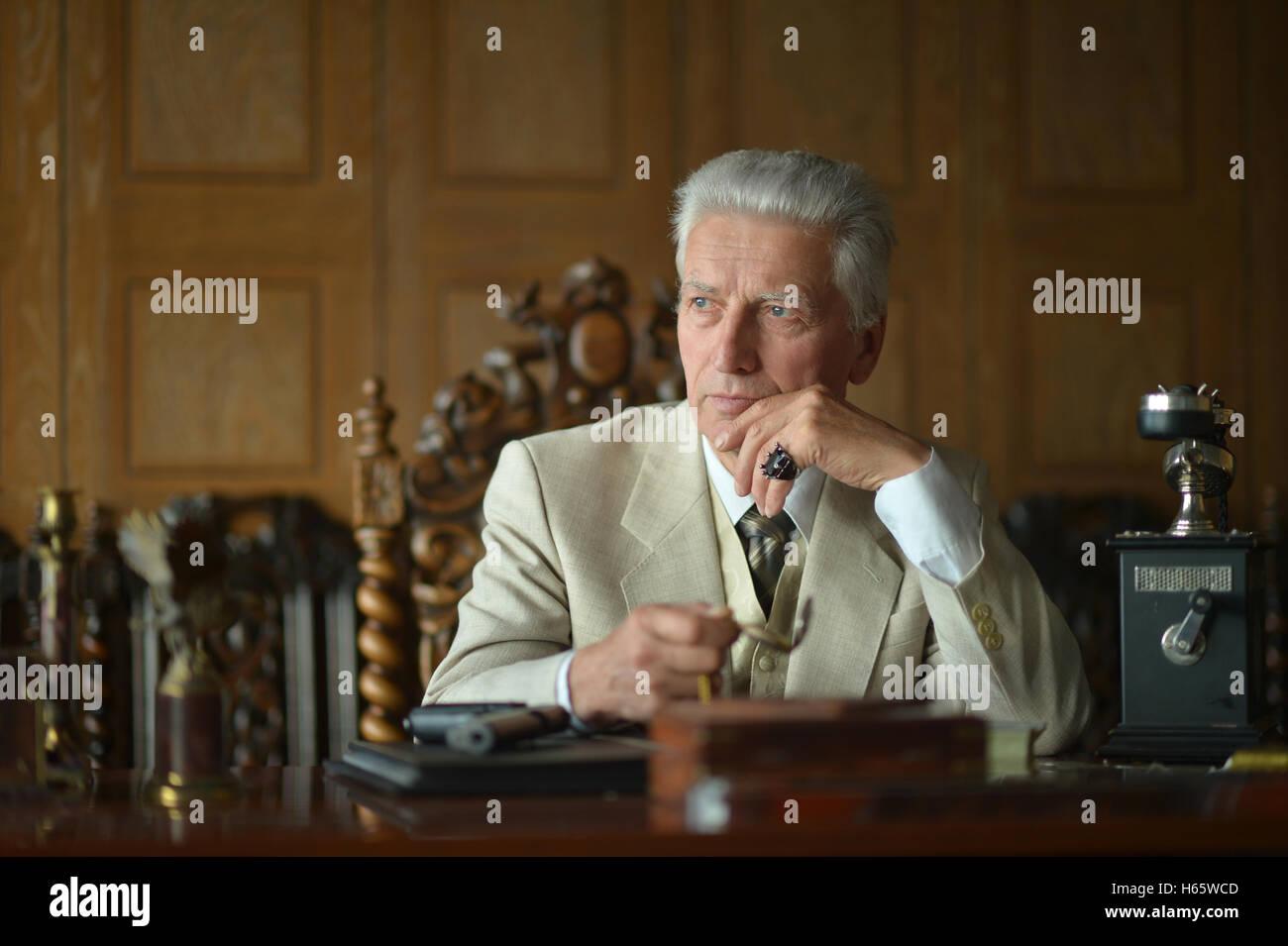 Mature male mafia boss - Stock Image