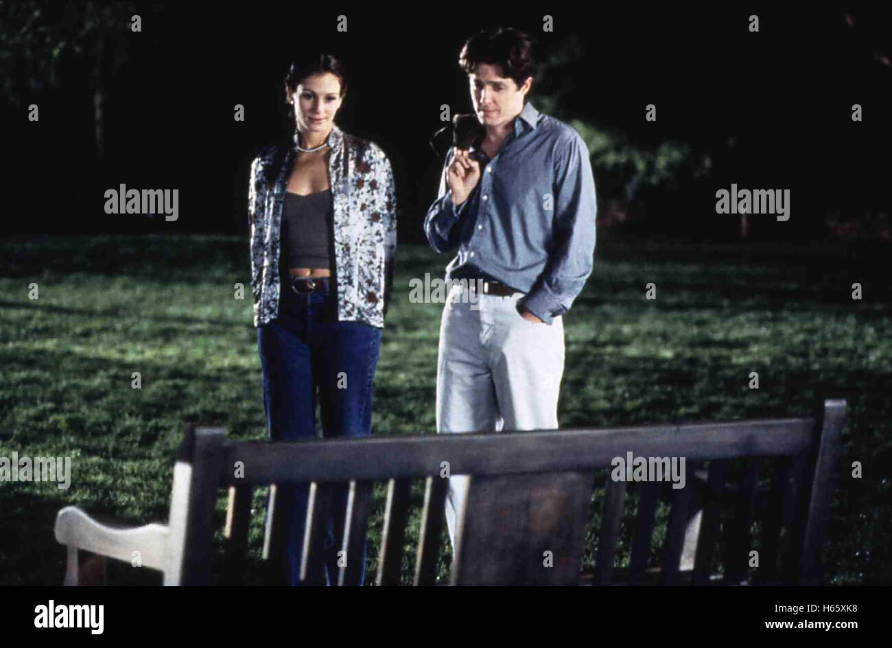 Notting Hill (1999), Director: Roger Michell, Actors/Stars: Hugh Grant, Julia Roberts, Richard McCabe - Stock Image