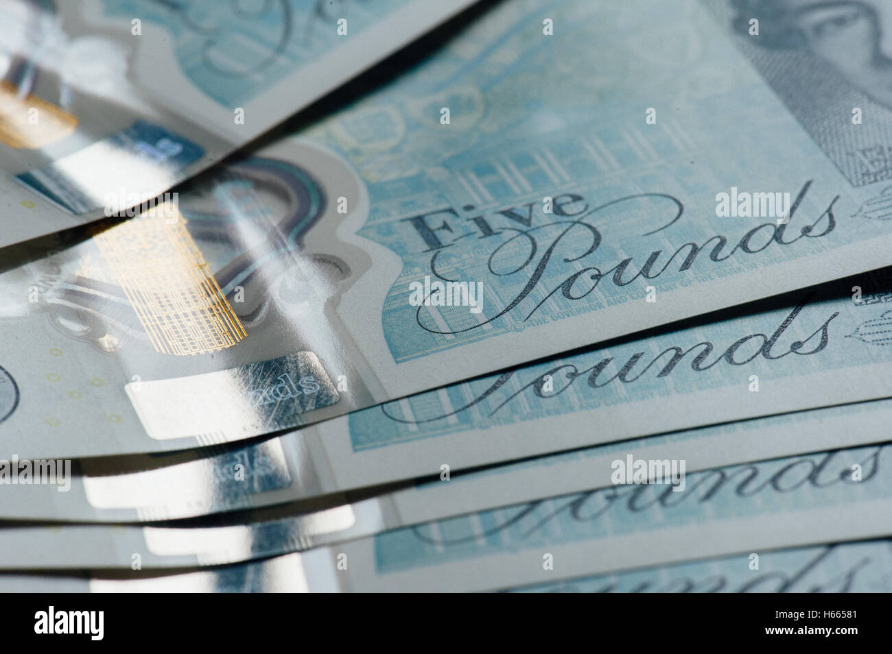New five pound notes, close up - Stock Image