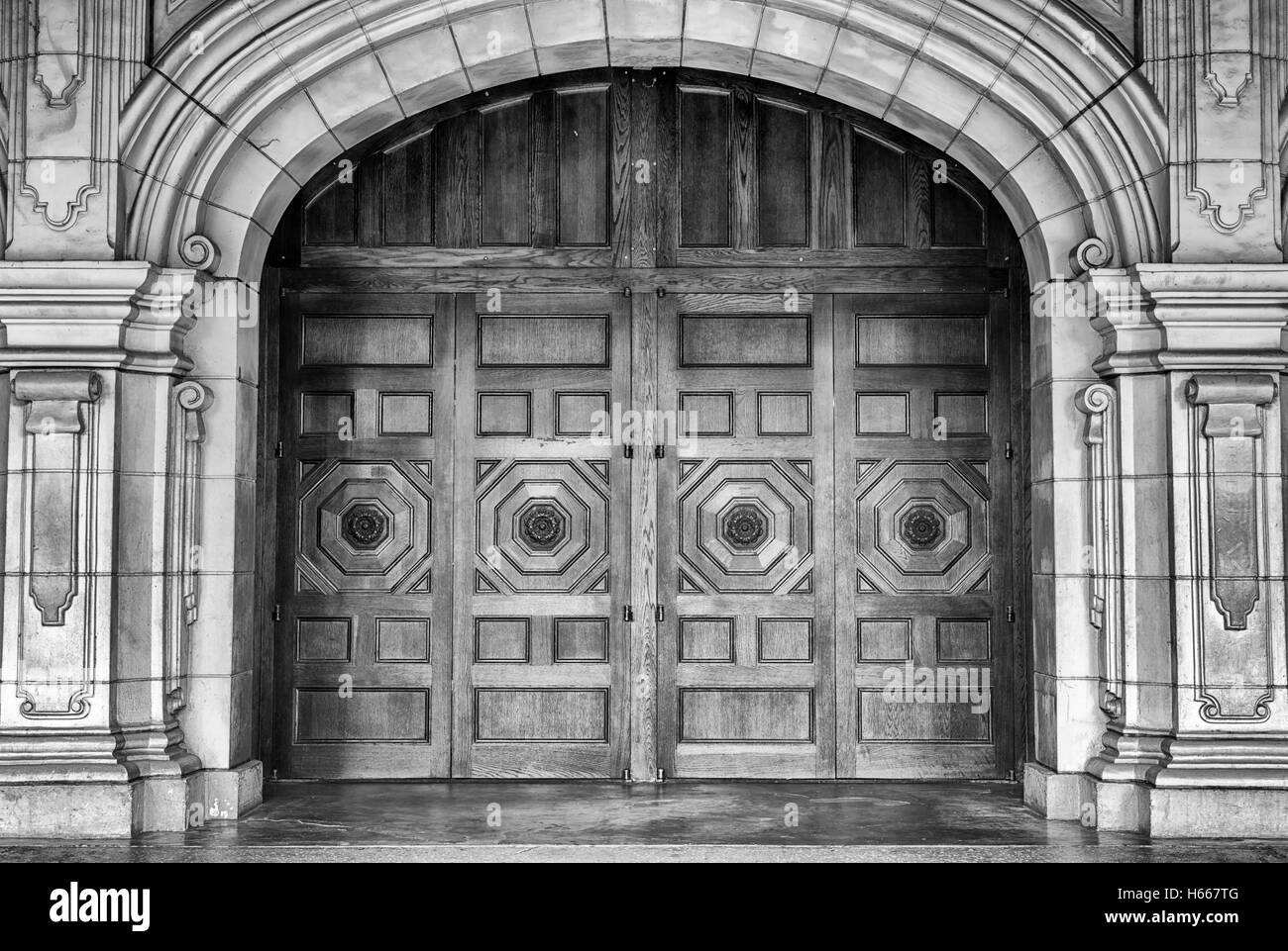 wooden doors concrete arch. Balboa Park San Diego California USA Stock Photo 124298400 - Alamy & wooden doors concrete arch. Balboa Park San Diego California USA ...