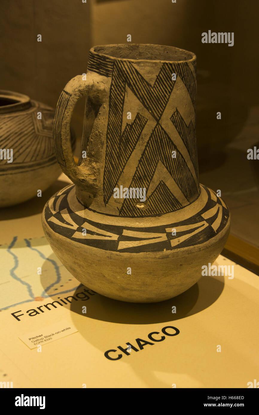 Utah, Blanding, Edge of the Cedars State Park Museum, Ancestral Puebloan pottery Stock Photo