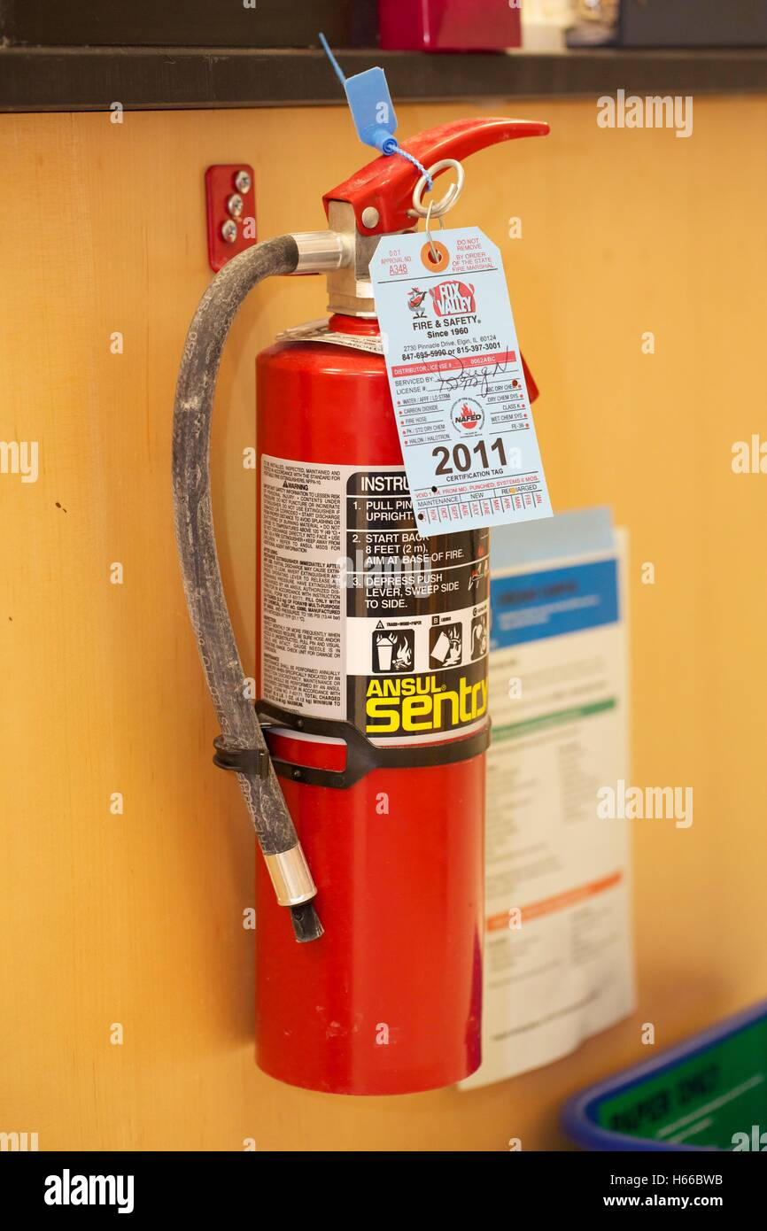 Fire extinguisher in research laboratory - Stock Image