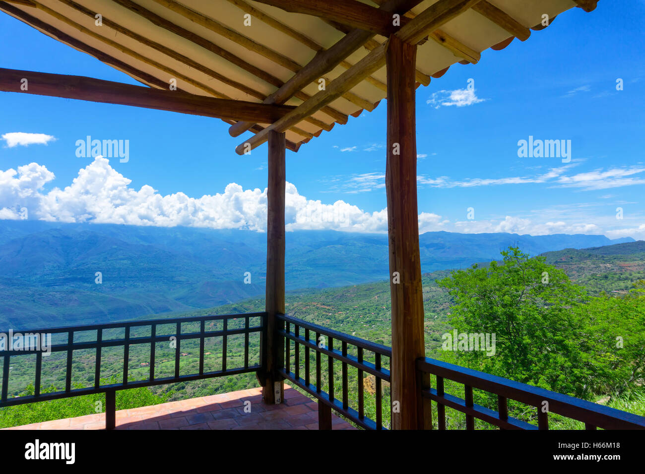 Covered viewpoint on the outskirts of Barichara, Colombia - Stock Image