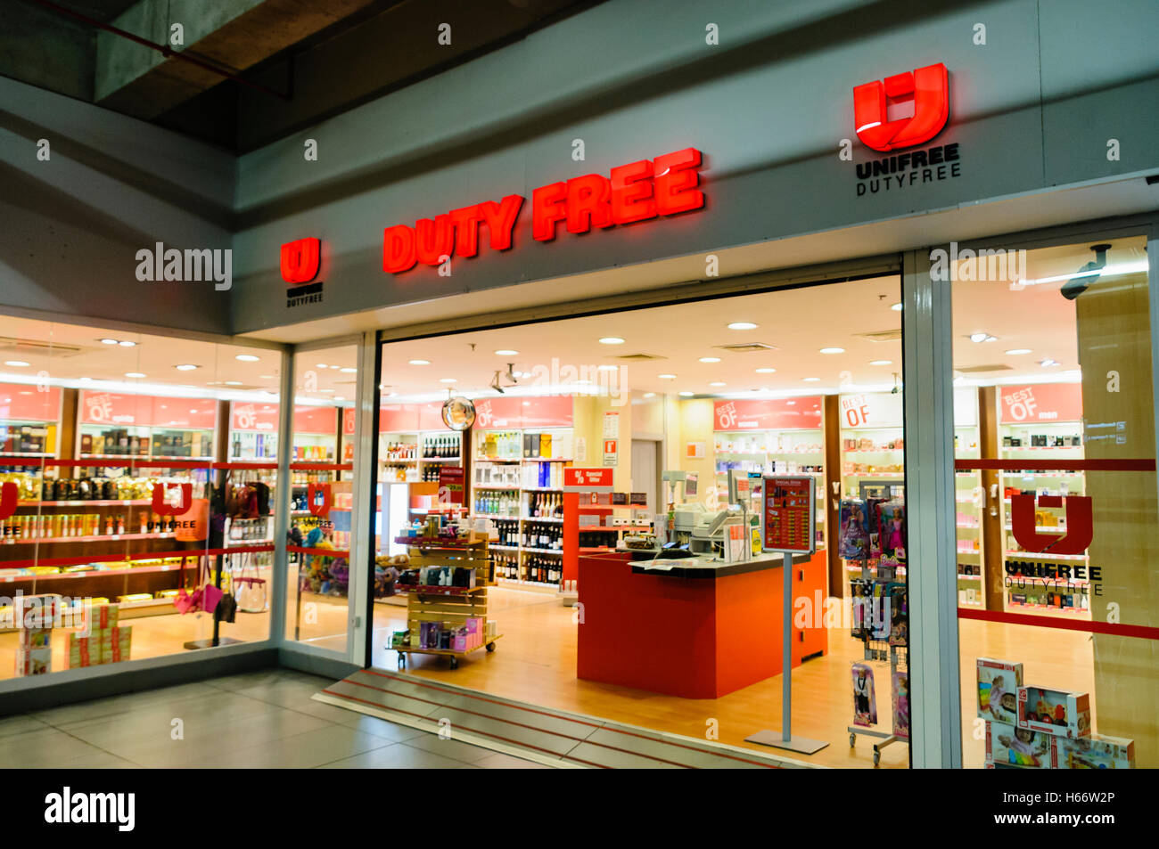 Duty Free shop at an airport - Stock Image