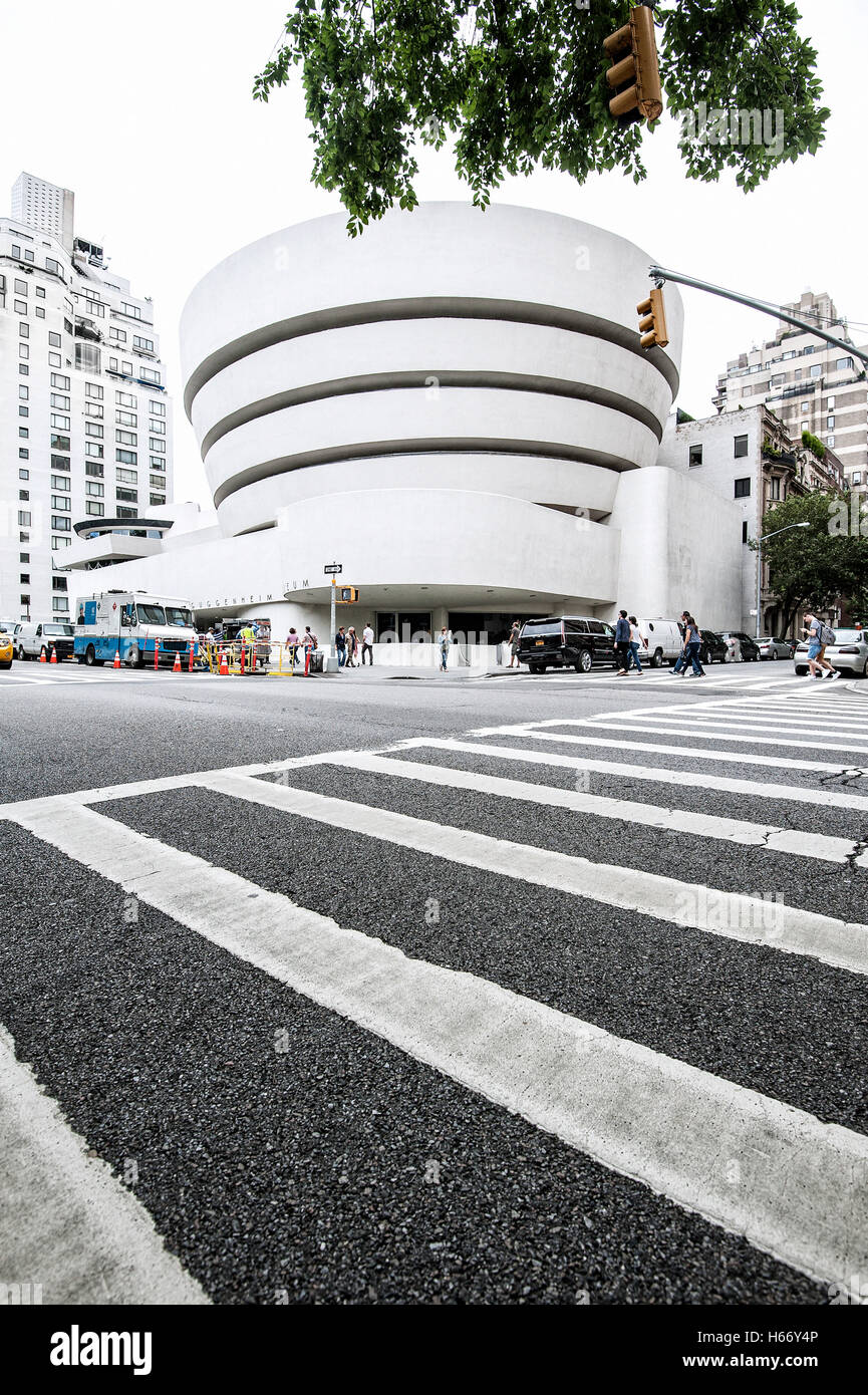 Solomon R. Guggenheim Museum, modern art, 5th Avenue, Upper East Side, Manhattan, New York City - Stock Image