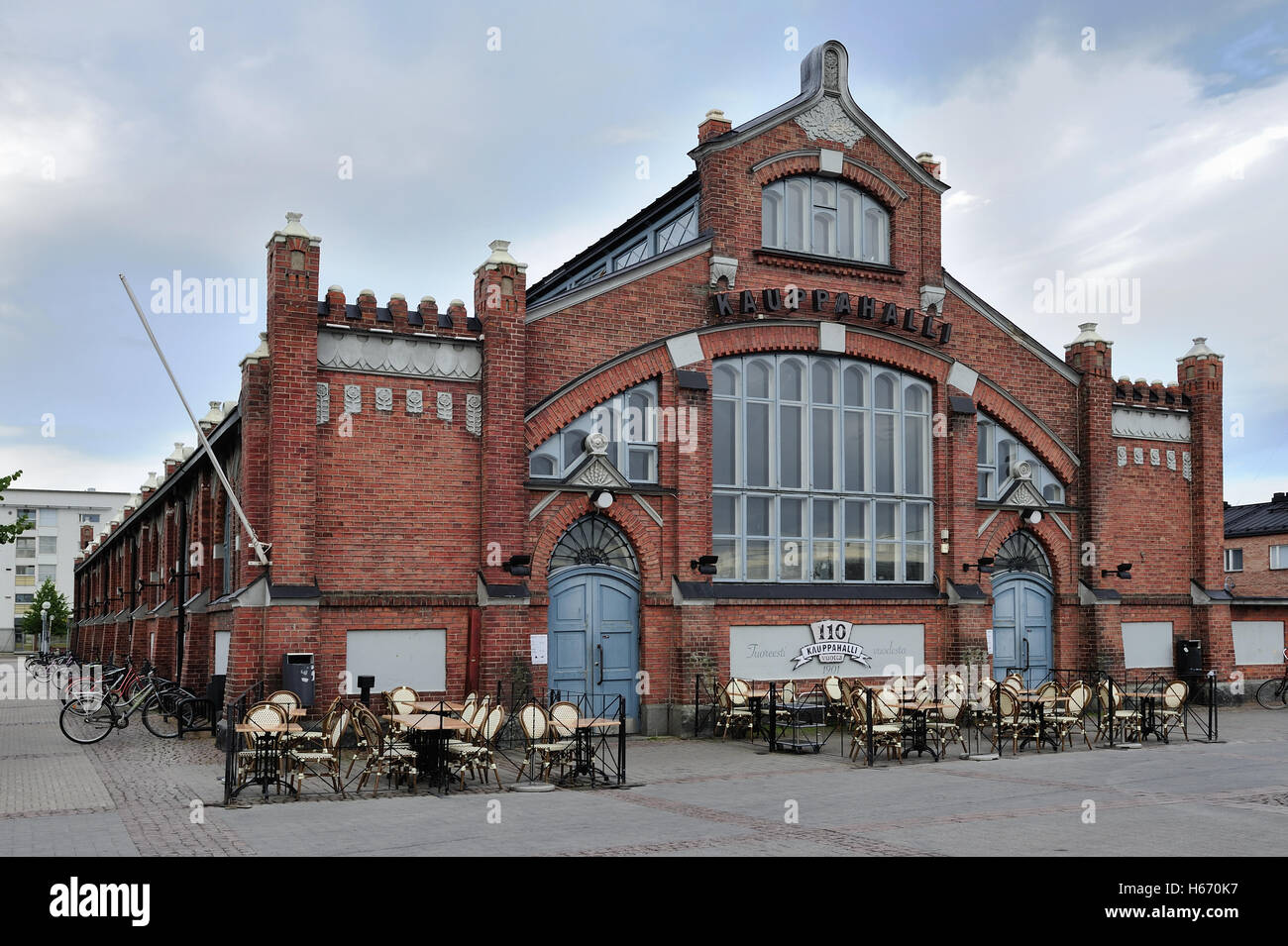 The Oulu Market Hall  was designed by architects Karl Lindahl and Walter Thome, opened in 1901 - Stock Image