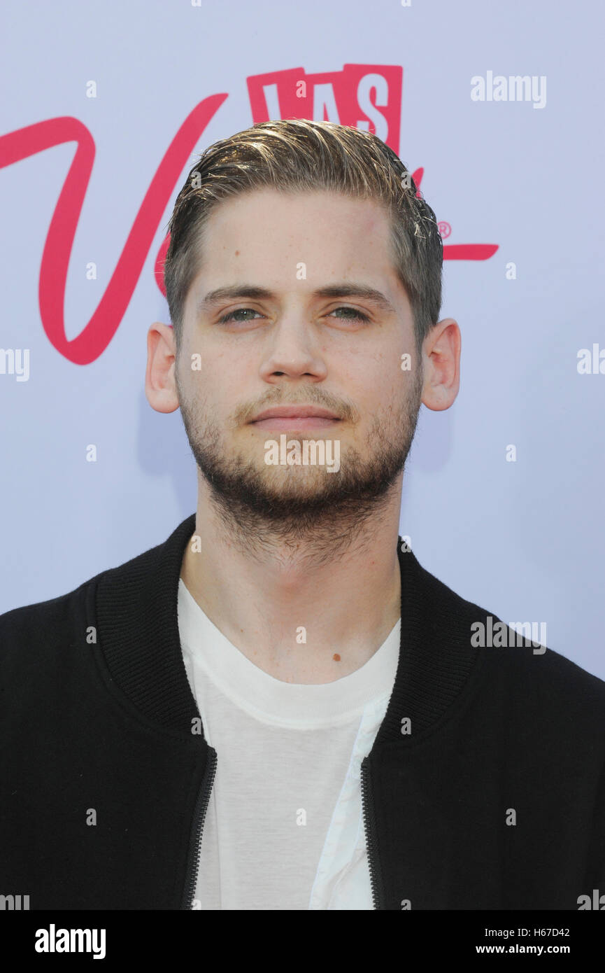 tony oller of mkto stock photos amp tony oller of mkto stock