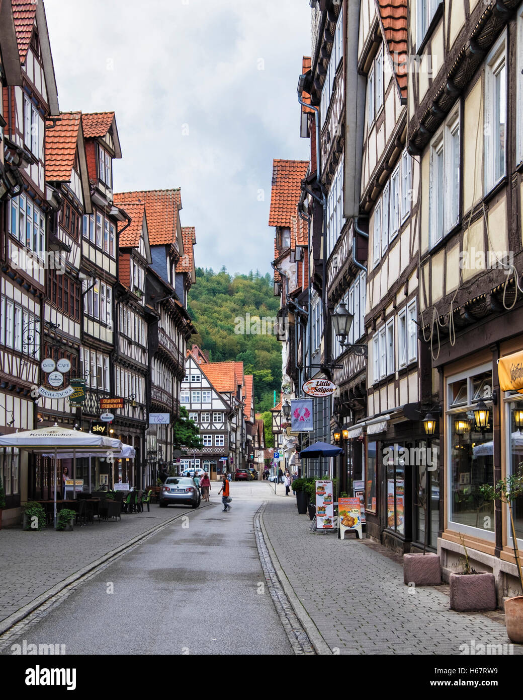 Hann. Münden, Lower Saxony, Germany. Picturesque street in medieval town lined with typical old half-timbered - Stock Image