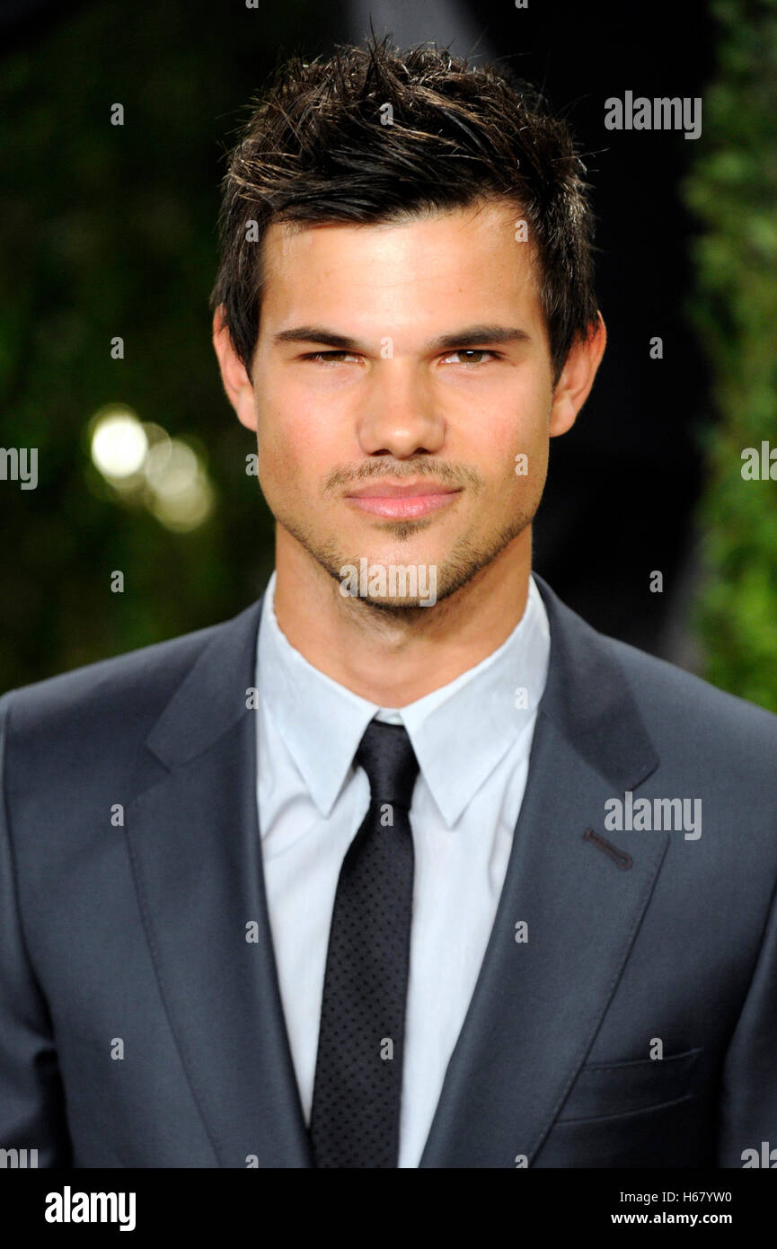 Taylor Lautner Stock Photos & Taylor Lautner Stock Images ... Taylor Lautner