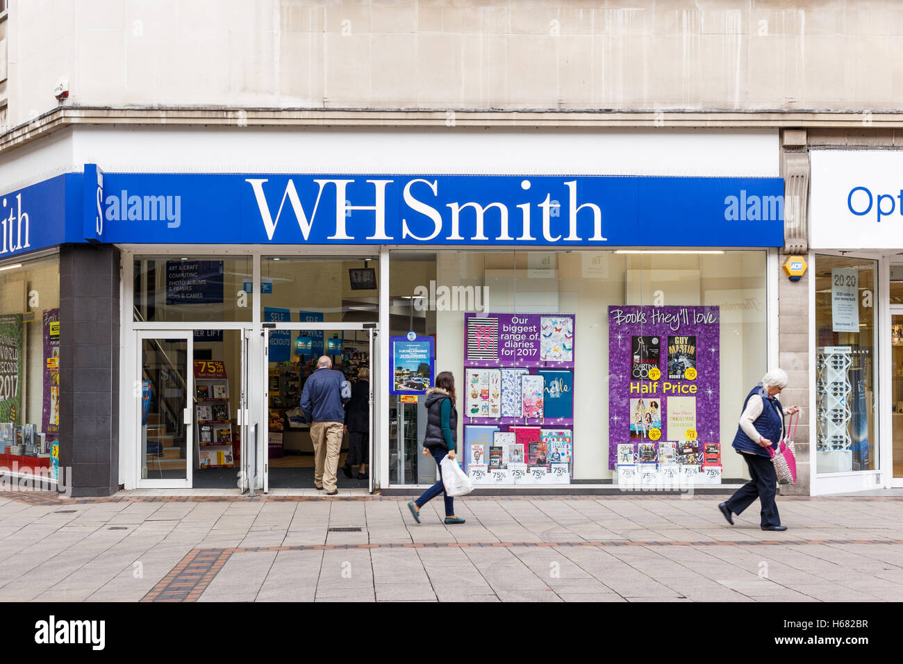 NOTTINGHAM, ENGLAND - OCTOBER 22: Frontage of the WH Smith store. On Listergate, Nottingham, England. On 22nd October - Stock Image