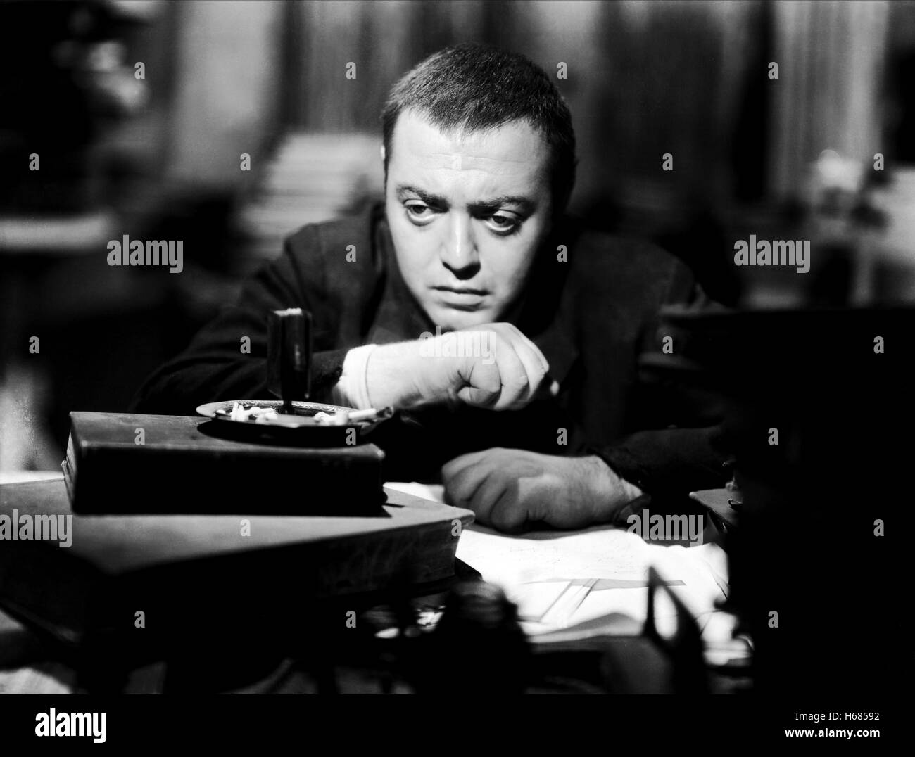 PETER LORRE CRIME AND PUNISHMENT (1935) - Stock Image
